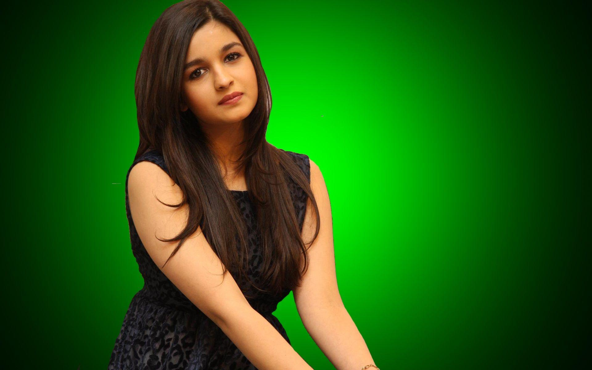 Alia Bhatt Actress Free Hot HD Photos Wallpapers Download