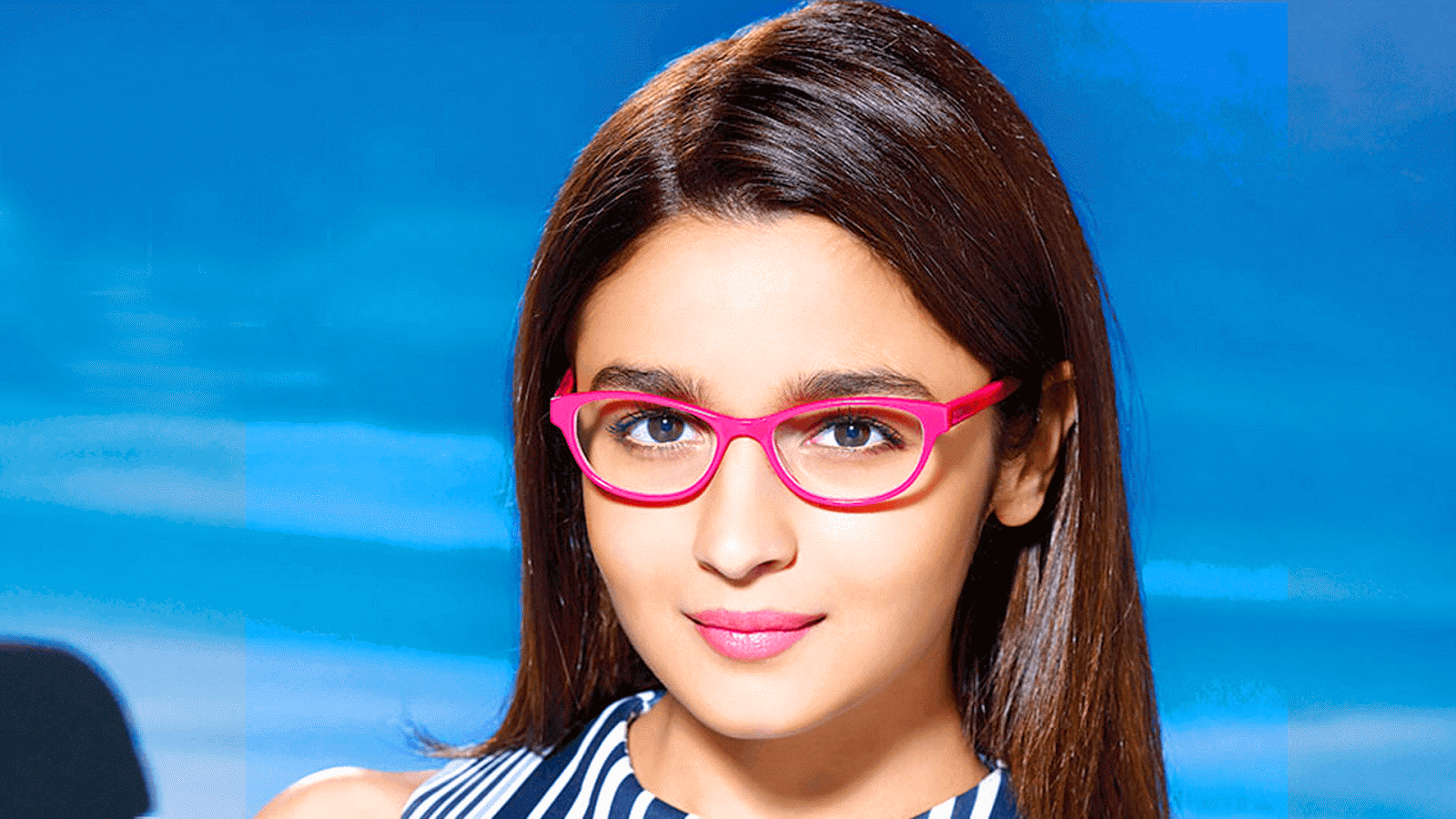 Alia Bhatt Wallpapers Download