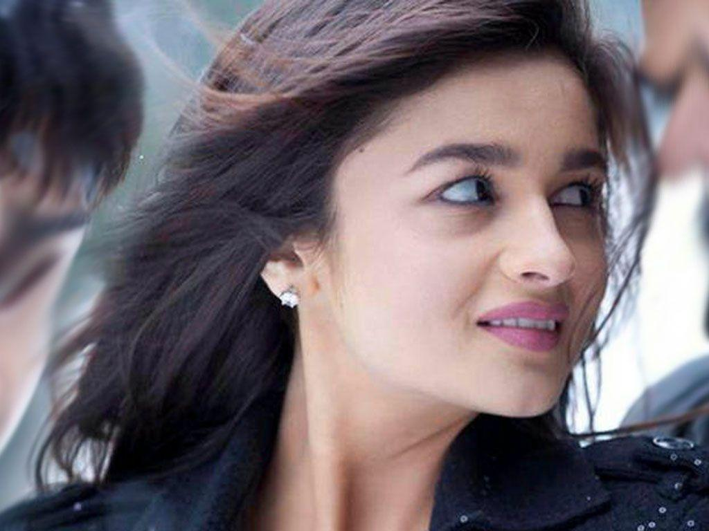 wallpaper: Alia Bhatt Wallpapers Download