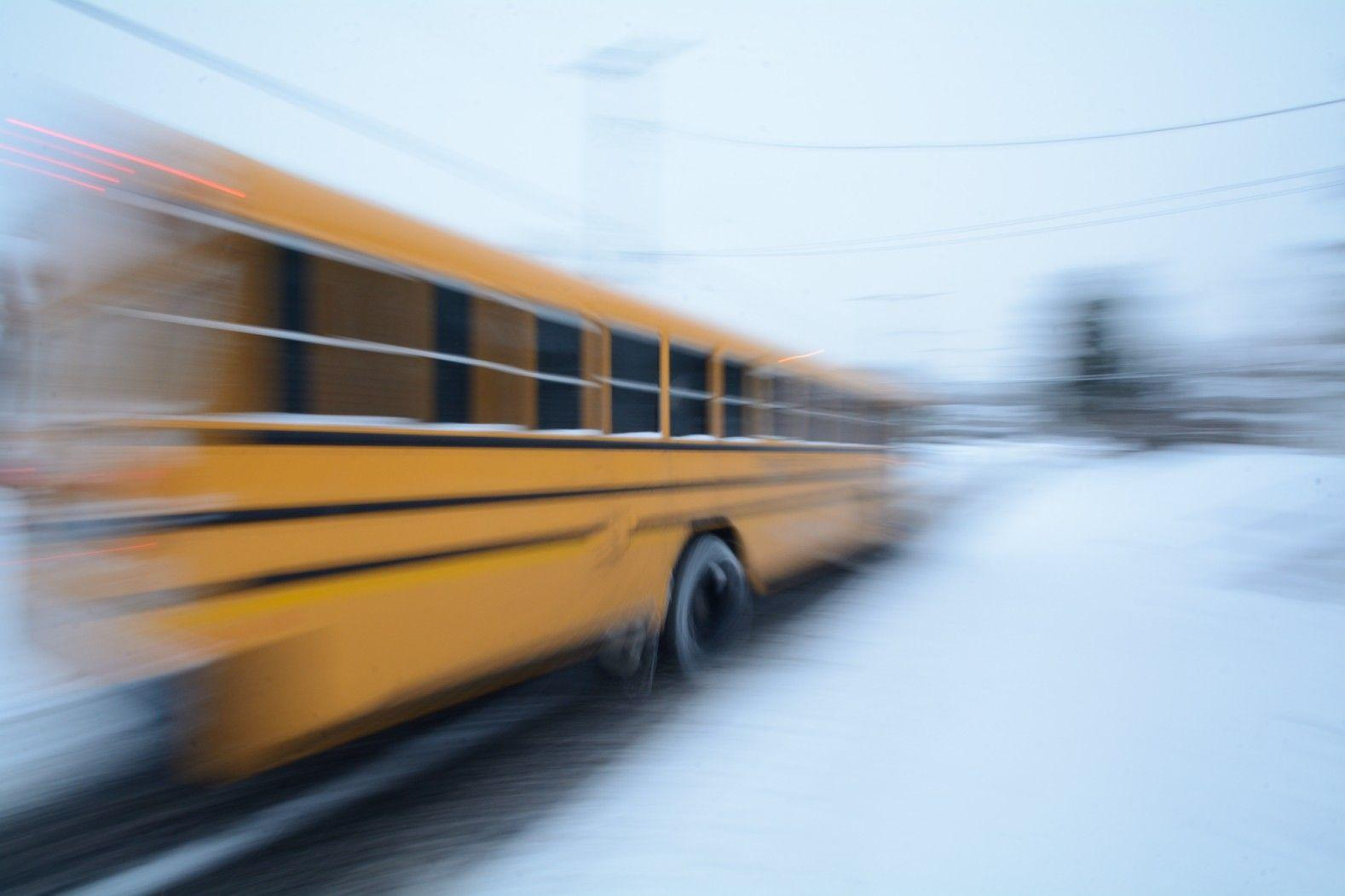 School Bus Usa Wheels Panning Round Winter Wallpapers Image ~ Winter