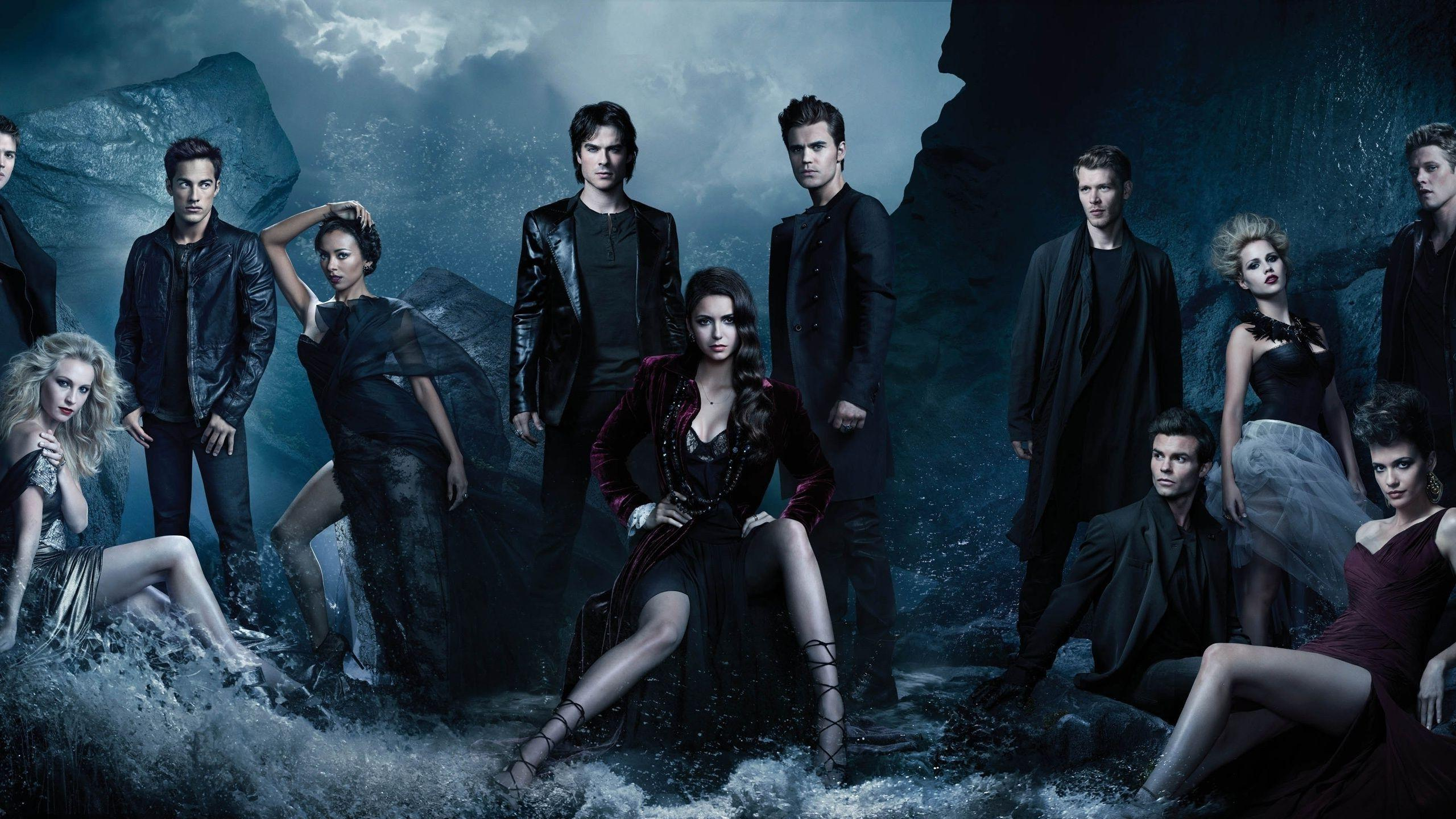 Wallpapers : midnight, Nina Dobrev, The Vampire Diaries, Elena