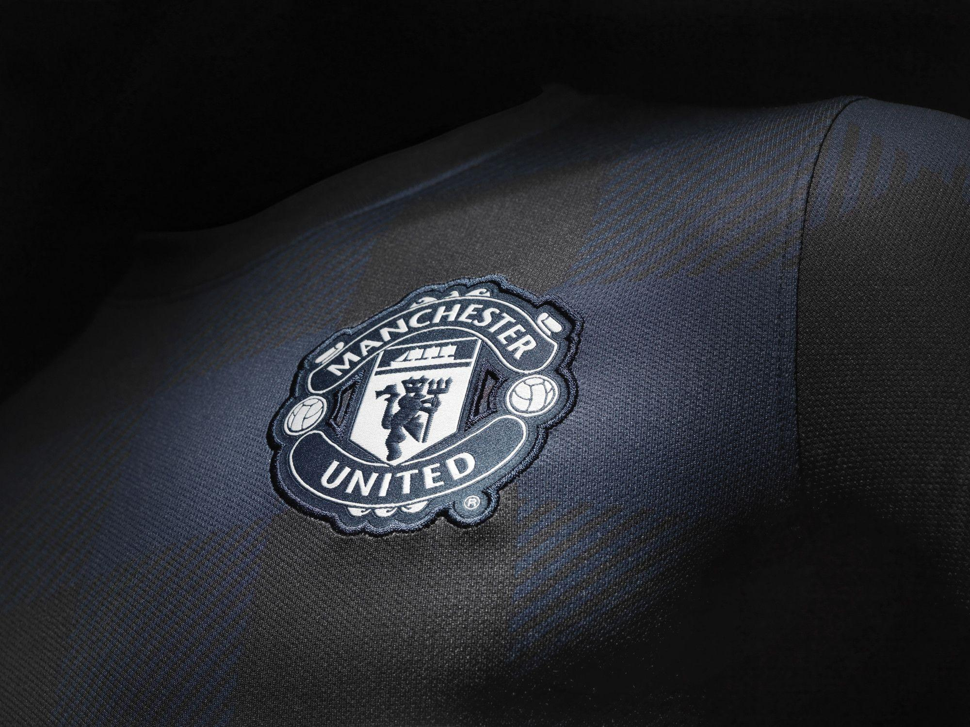 Manchester United Wallpapers Black Wallpaper Cave