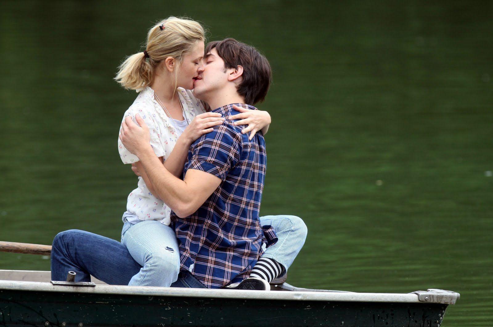 Kiss girl and boy