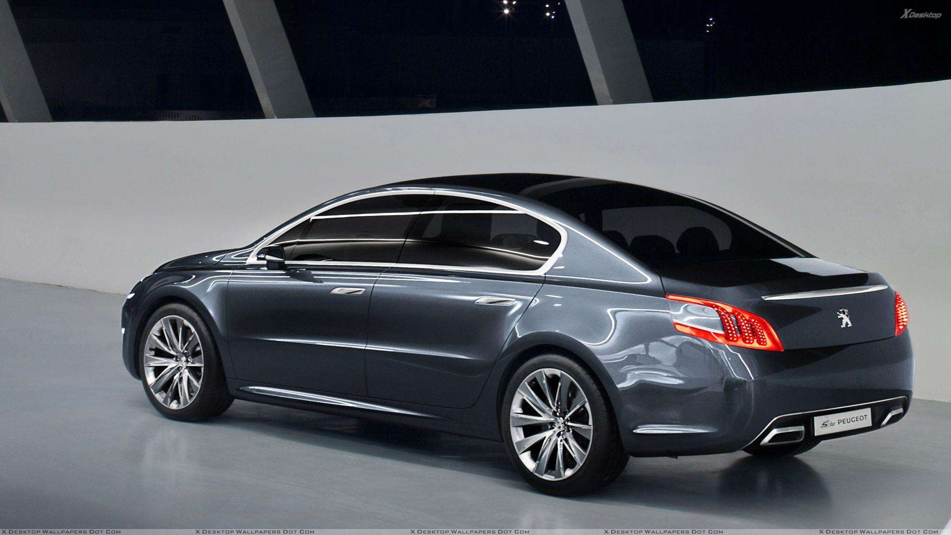 Side Pose Of 5 by Peugeot In Grey Wallpapers