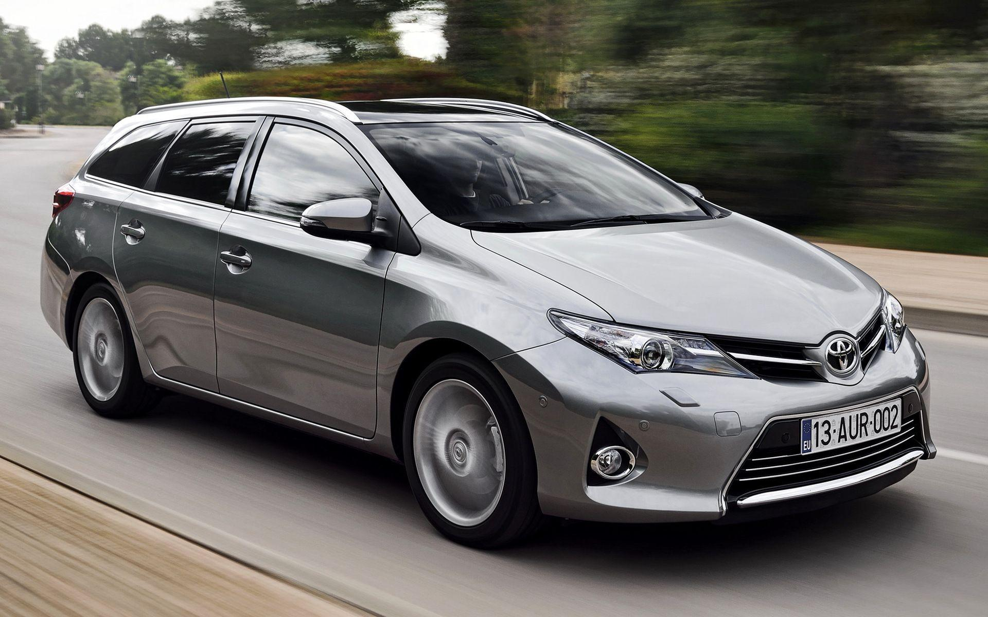 Toyota Auris Touring Sports (2013) Wallpapers and HD Images - Car Pixel