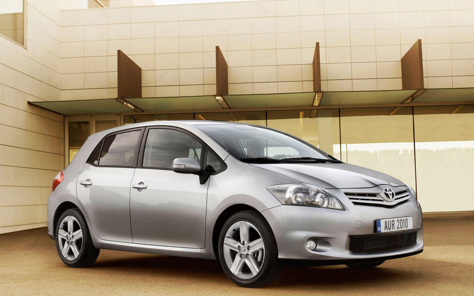 Toyota-Auris 2010 wallpapers and images - wallpapers, pictures, photos