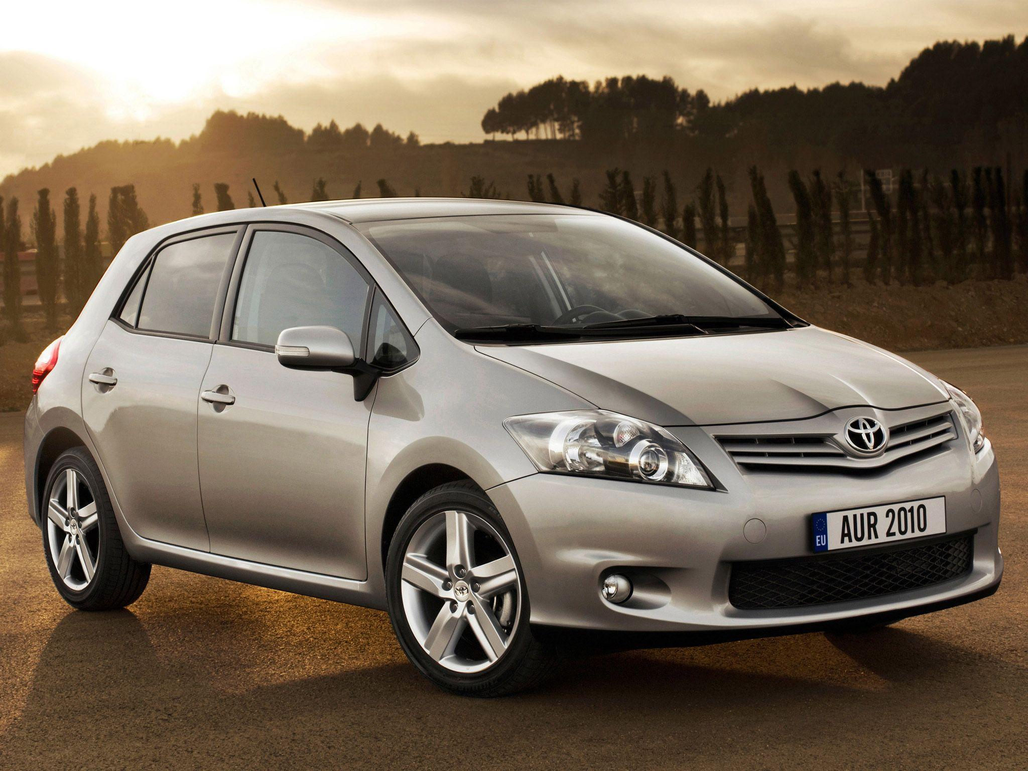 Toyota Auris - Free Car Wallpapers HD