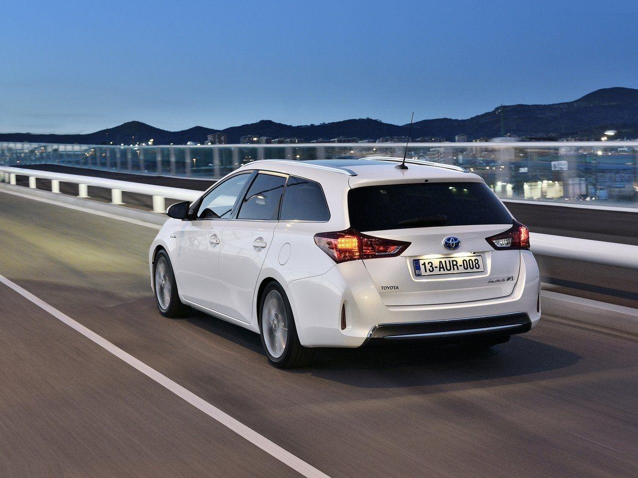 2013 Toyota Auris Touring Sports - Wallpapers, Pictures, Pics ...