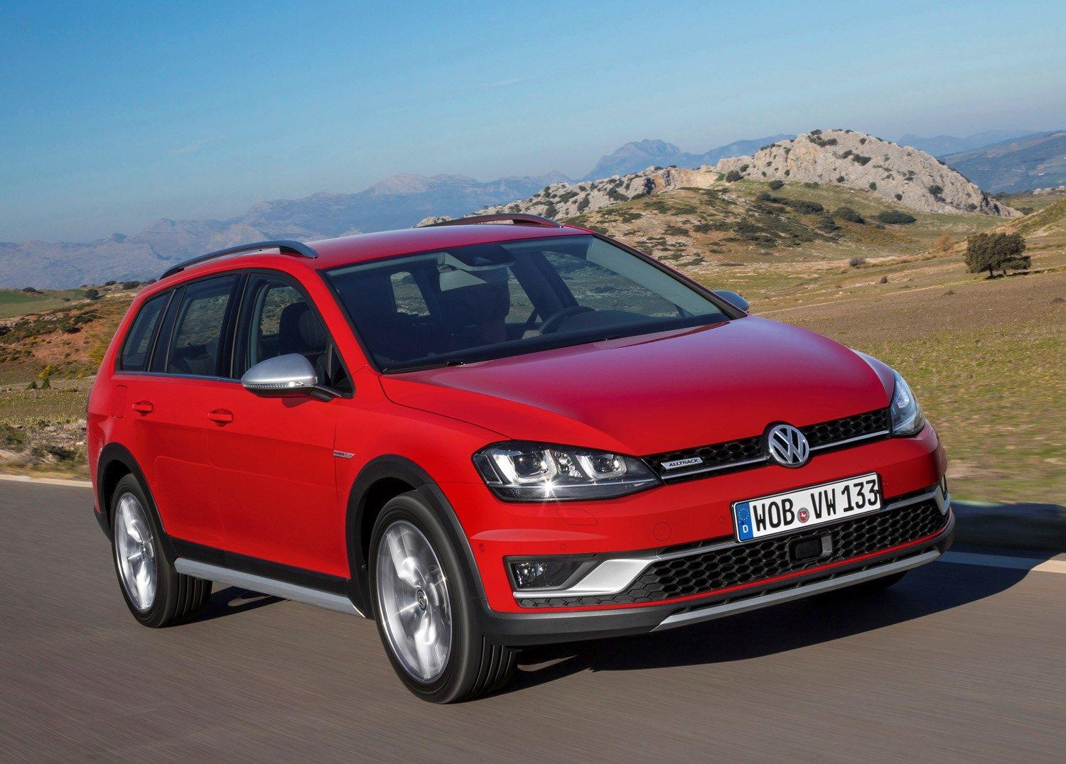 Volkswagen Golf Alltrack (2015 - ) Photos | Parkers