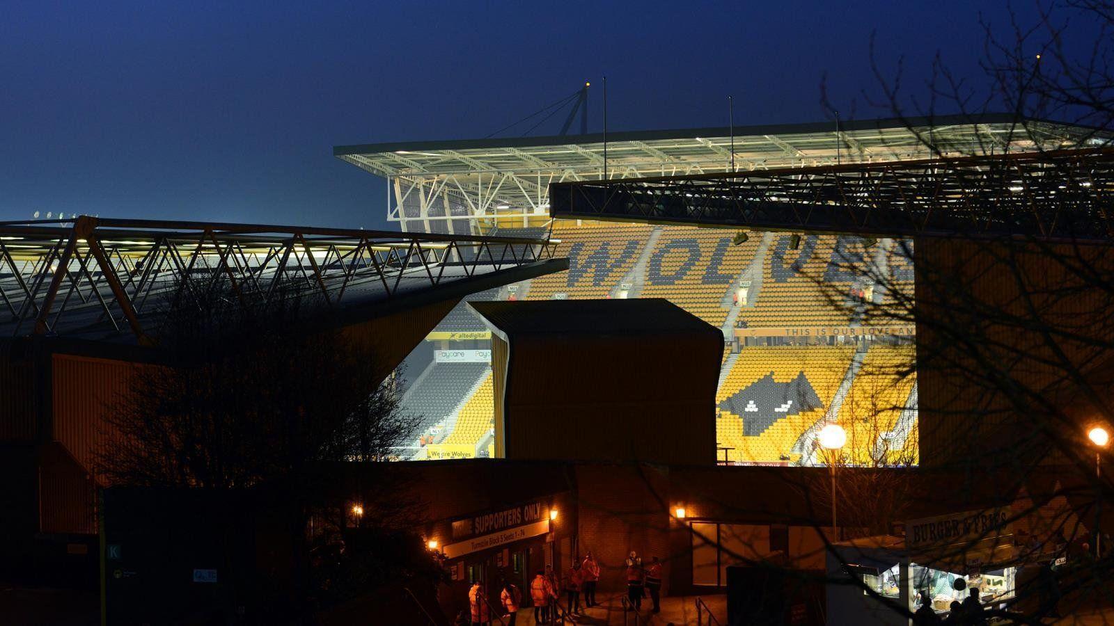 Wolverhampton Wanderers F C Wallpapers Wallpaper Cave
