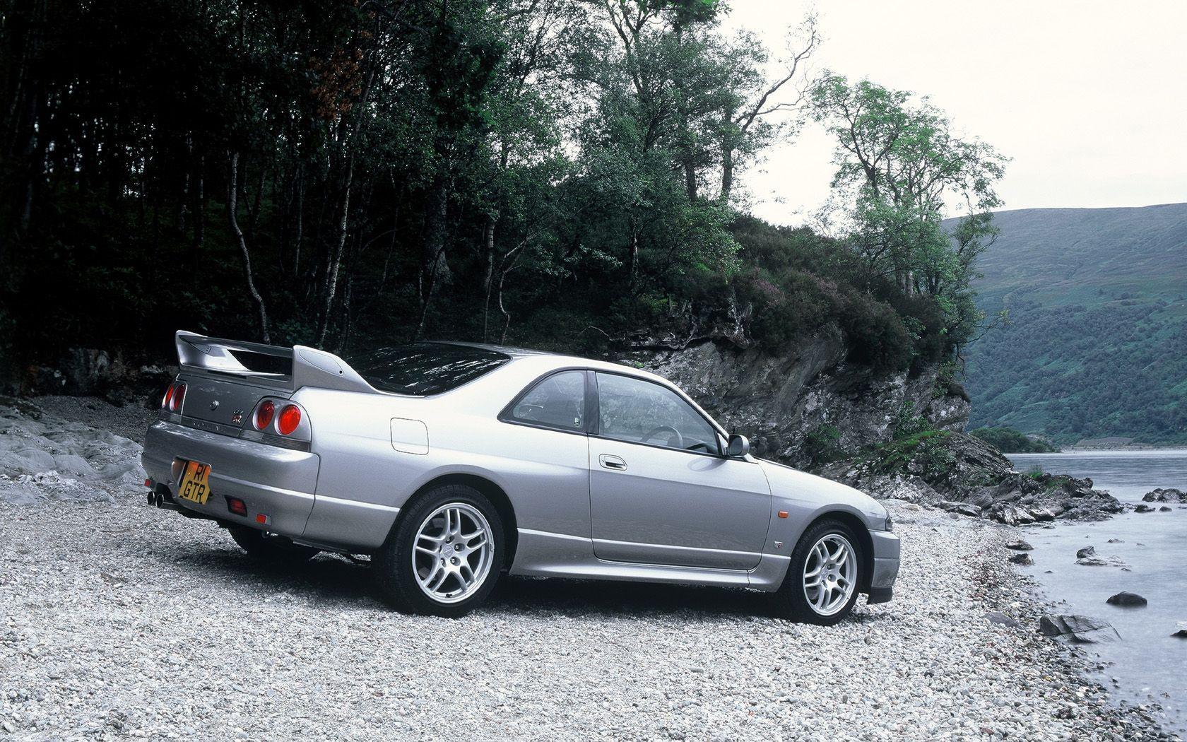 Nissan Skyline R33 Wallpapers