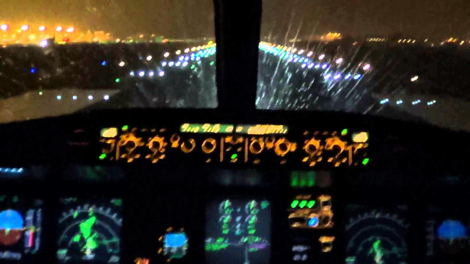 Airbus A380 Cockpit Wallpaper 68