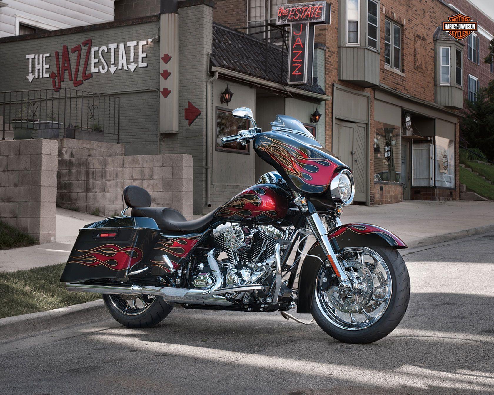10 Harley Davidson Road Glide Hd Wallpapers Background Images