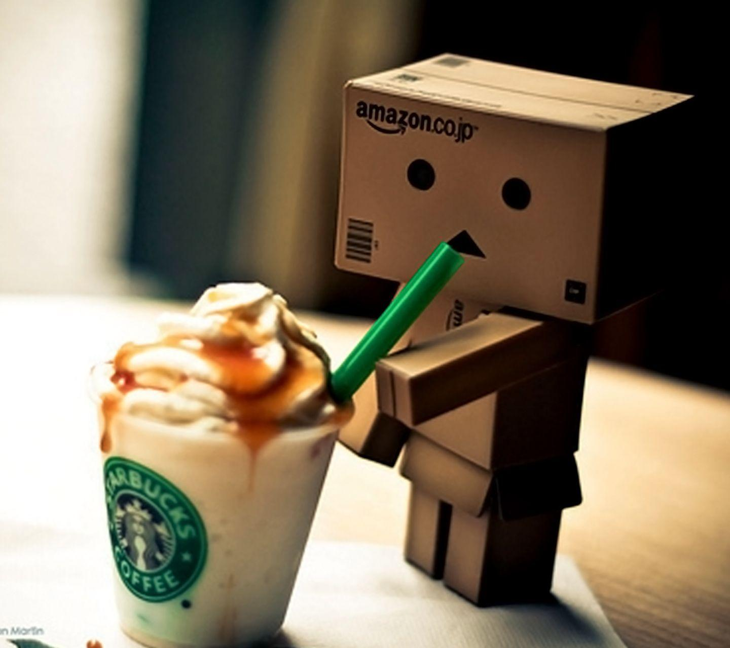 Cute Amazon Box Robot Wallpaper Acbn
