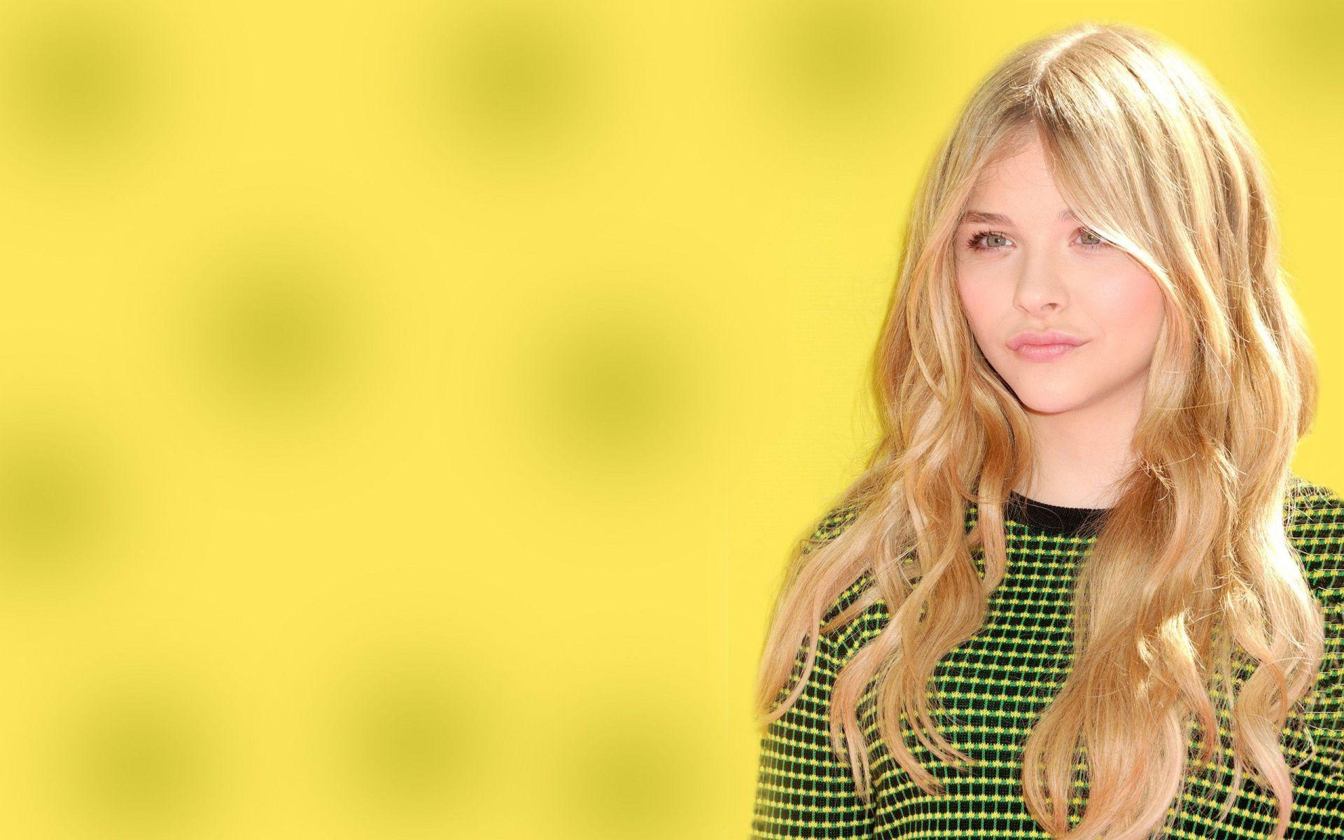 Chloë Grace Moretz HD Wallpaper Backgrounds Wallpapers 1920×1200