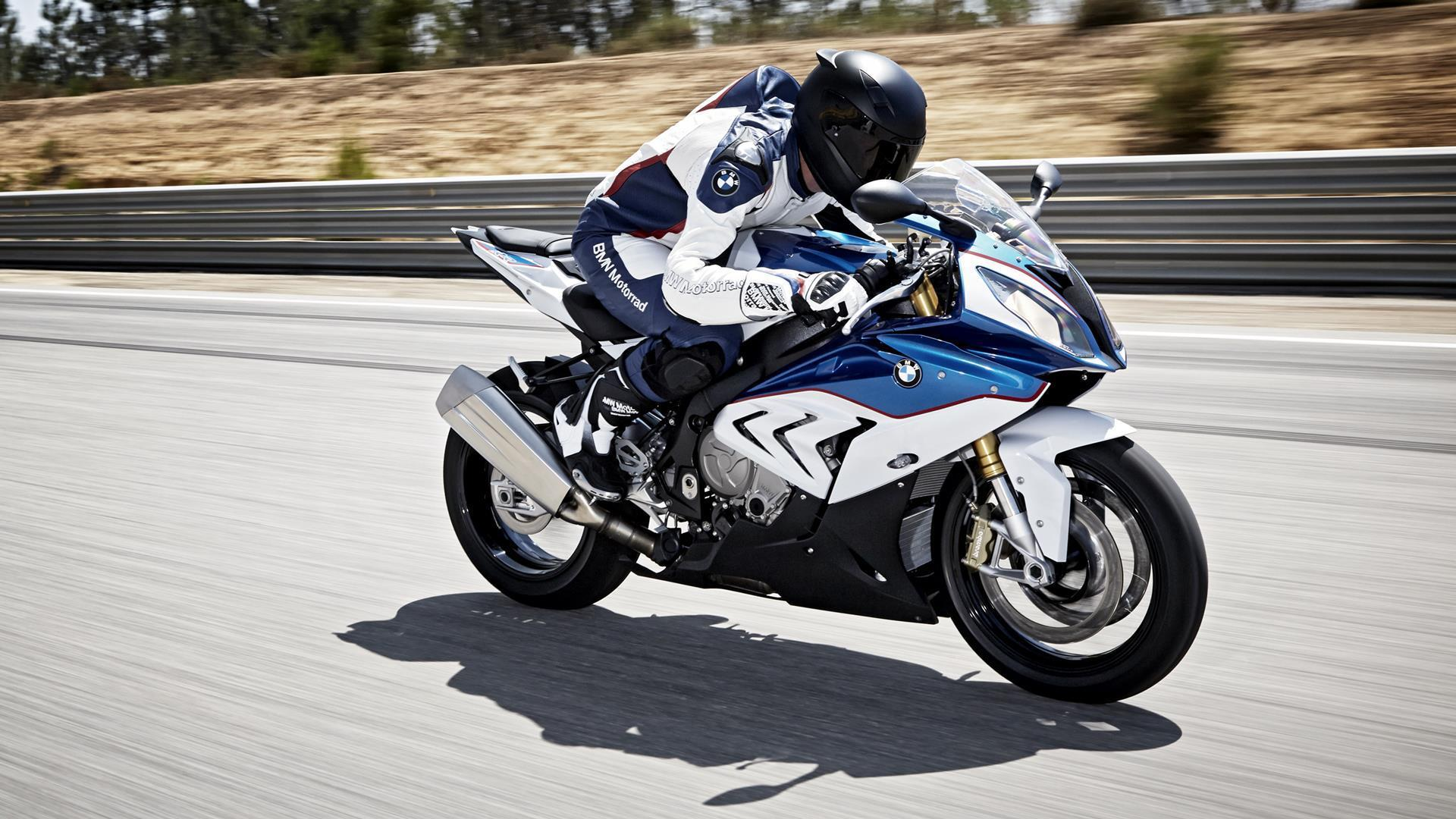 2015 BMW S1000RR HD Wallpaper