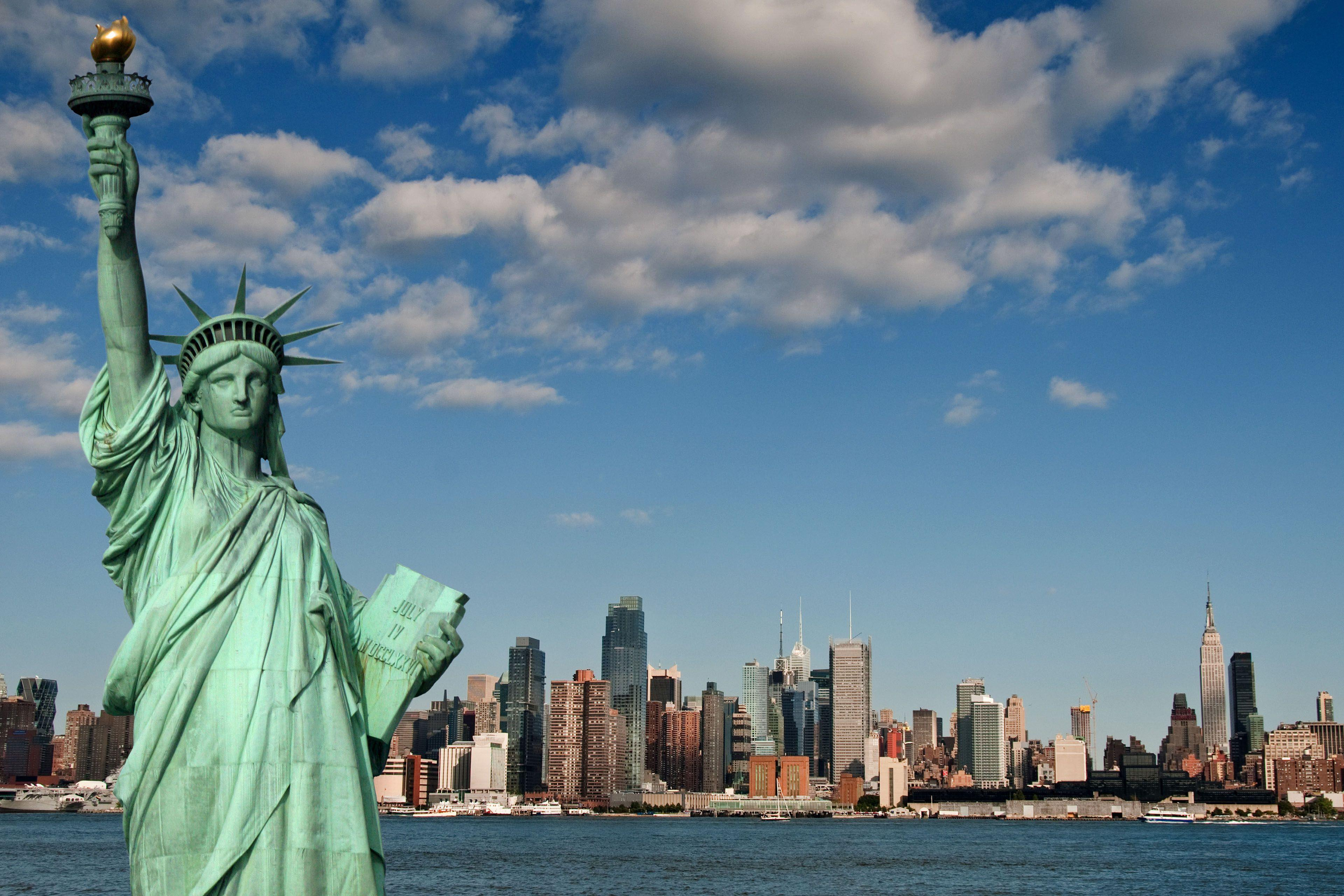 Statue Of Liberty Hd Wallpapers Wallpaper Cave
