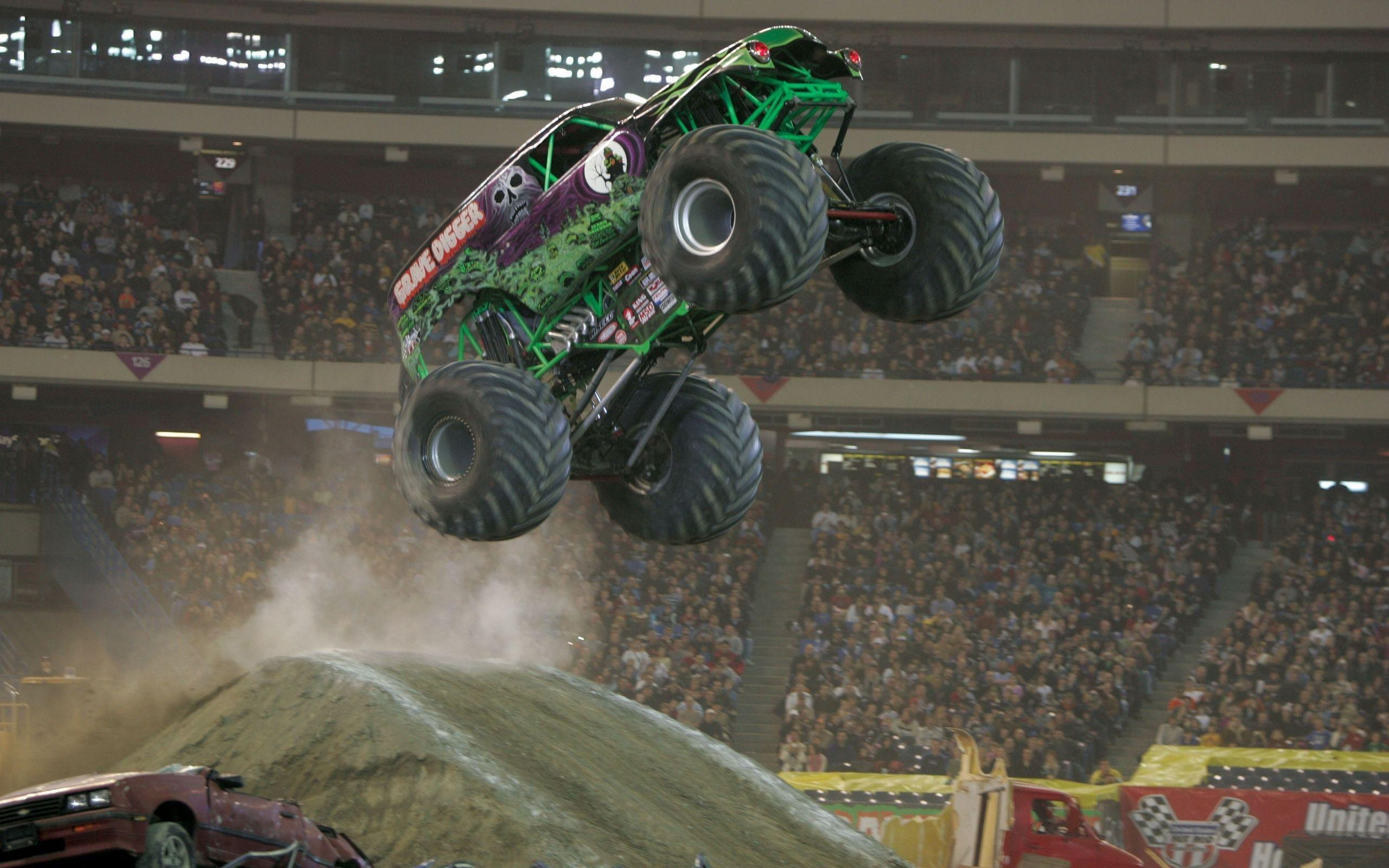 25 Monster Truck HD Wallpapers | Backgrounds - Wallpaper Abyss ...