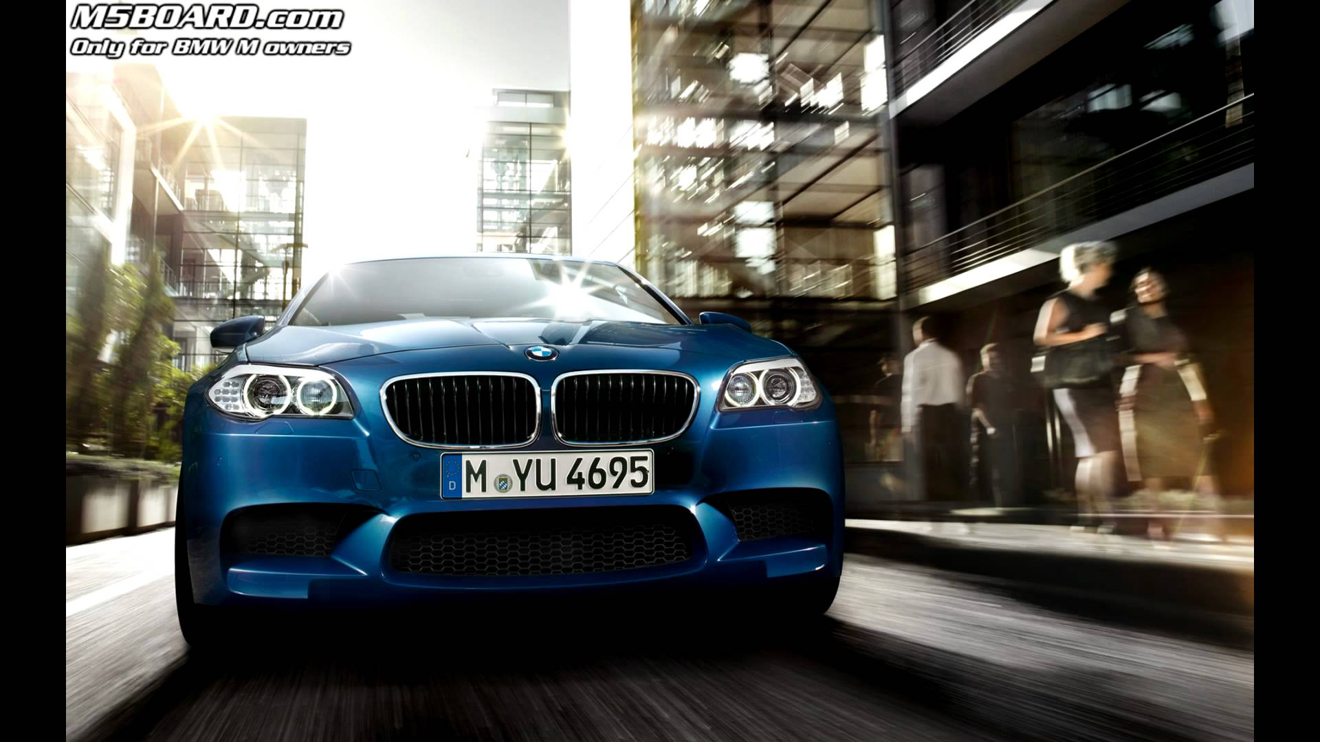 BMW M5 F10 official Wallpapers from BMW - YouTube