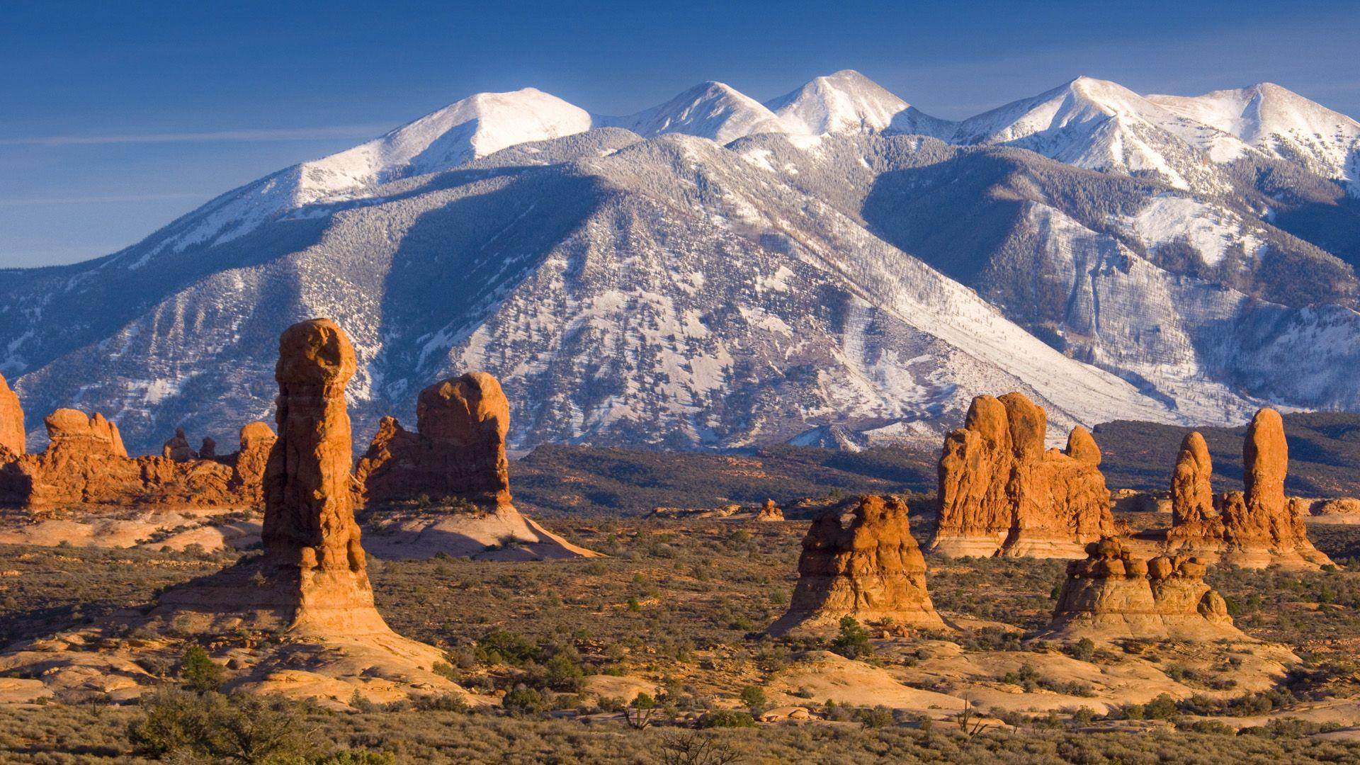 La Sal Mountains, Arches National Park, Utah widescreen wallpaper ...