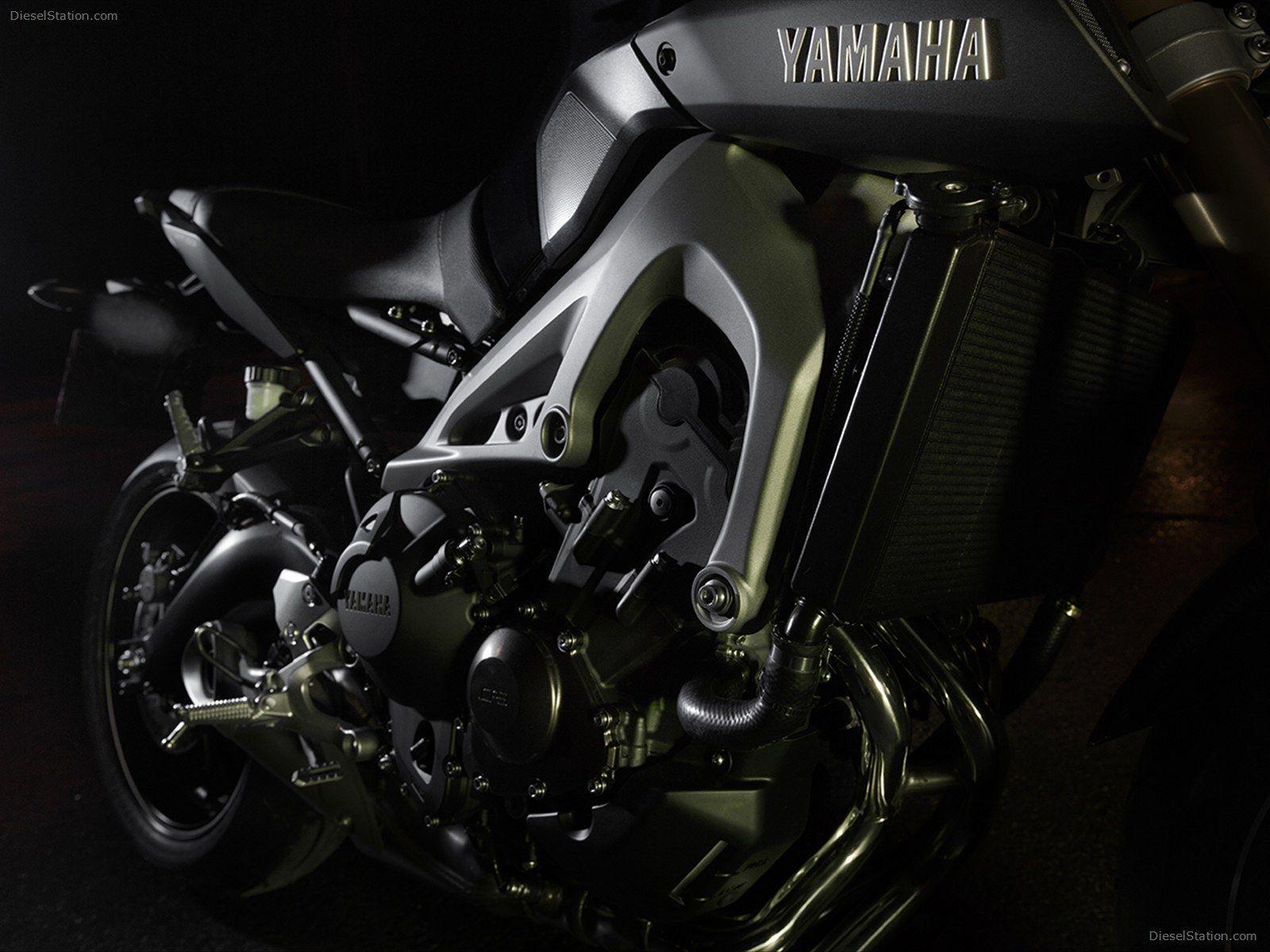 Yamaha MT-09 Wallpapers