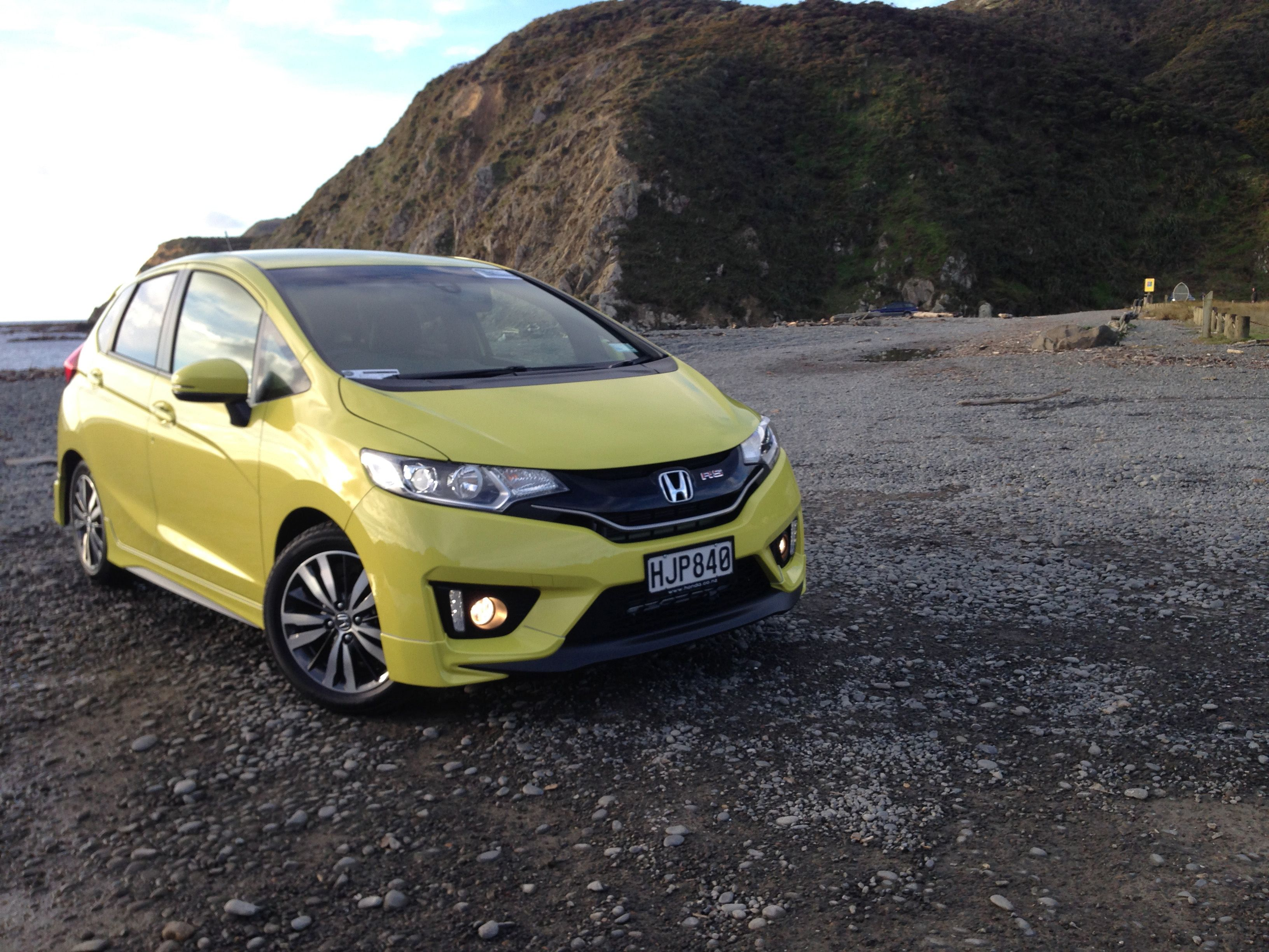 BeautifulHonda Jazz 2014 4k UHD Car Wallpapers
