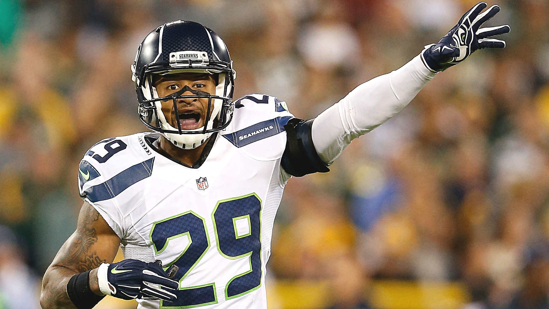 Earl Thomas 'way ahead of schedule' in recovery from gruesome leg