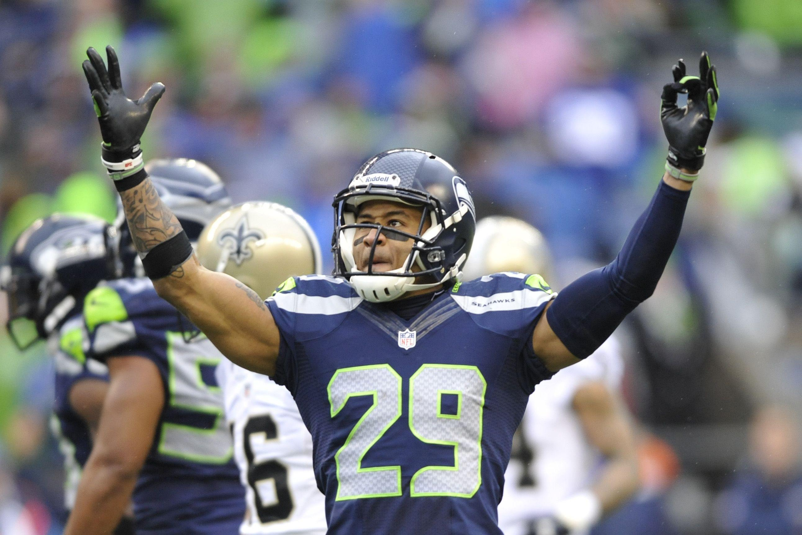 Seattle Seahawks' Earl Thomas Goes under the Knife