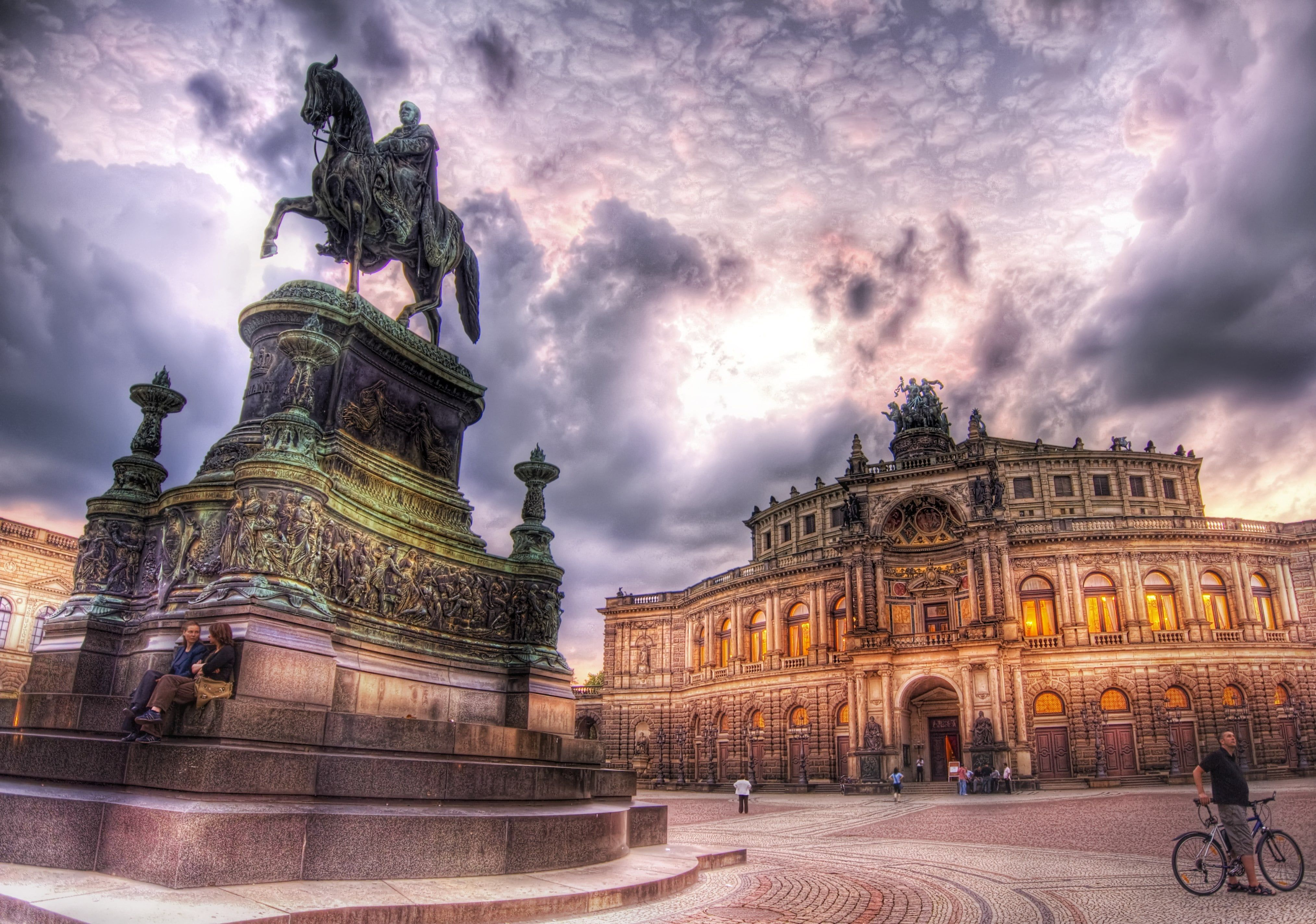 Man riding horse statue beside palace, dresden HD wallpapers