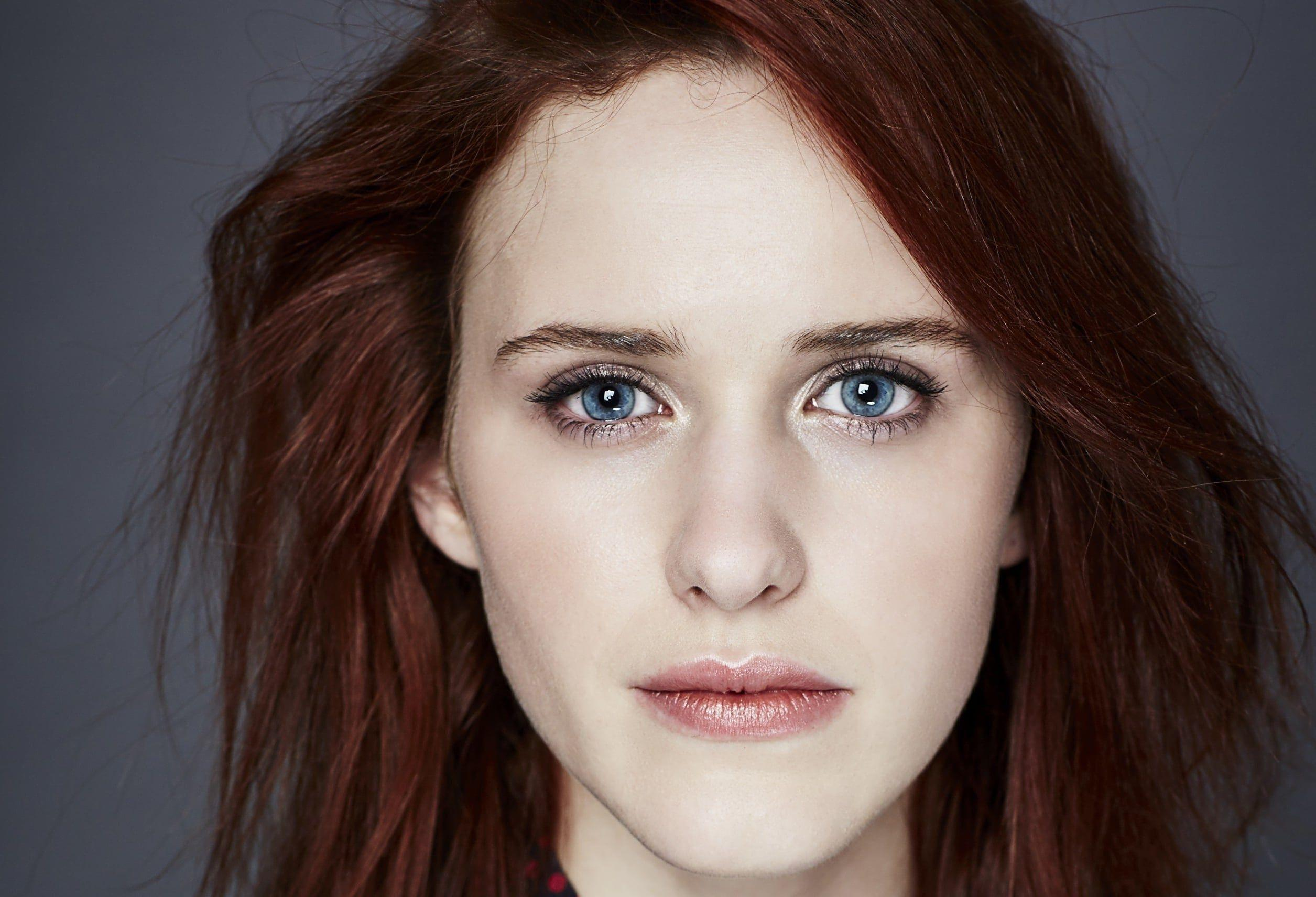Rachel Brosnahan Actress House of Cards Rachel Brosnahan was born in in Milwaukee Wisconsin in 1990 and is an American actress She is best known for