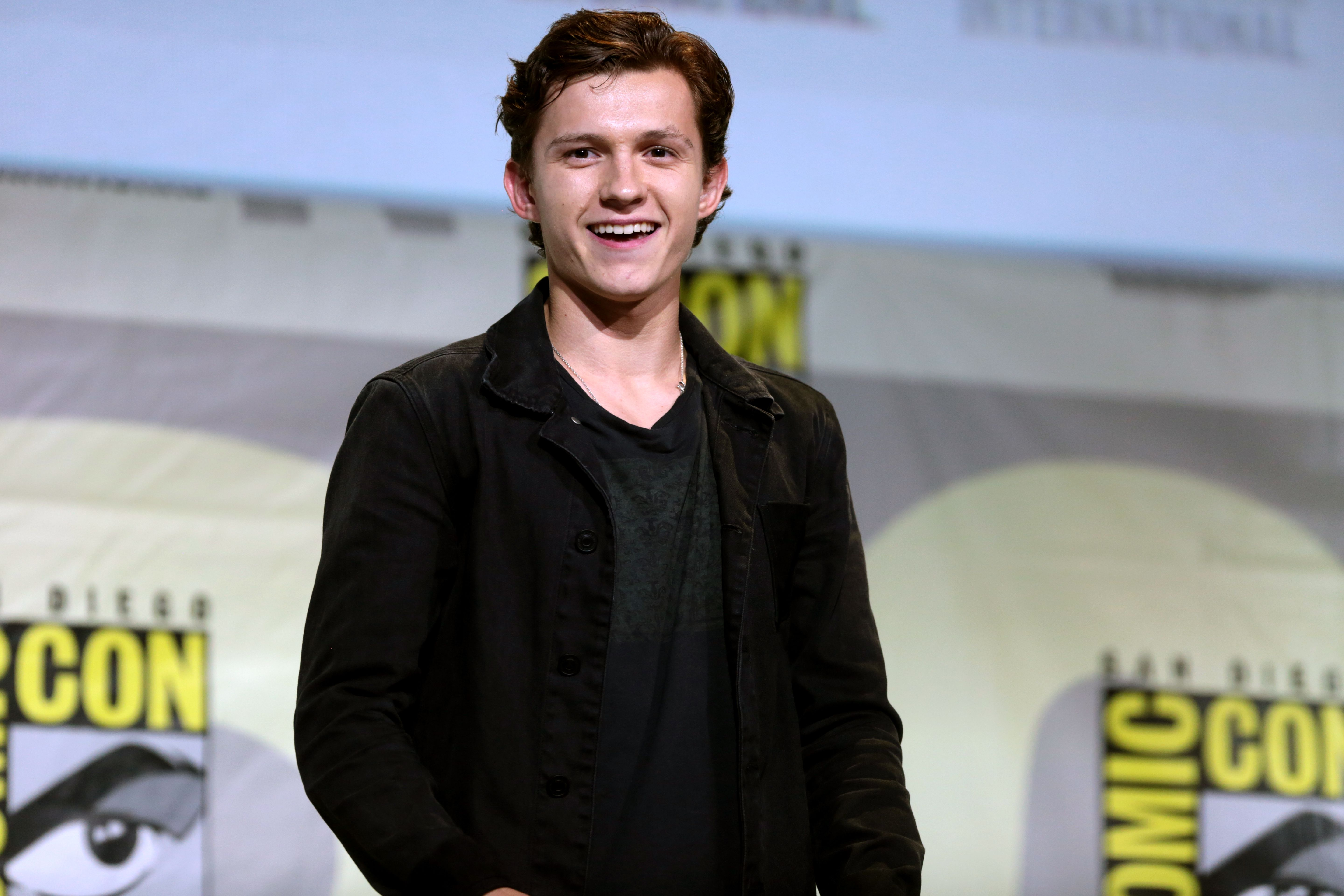 Tom Holland HD Wallpapers free