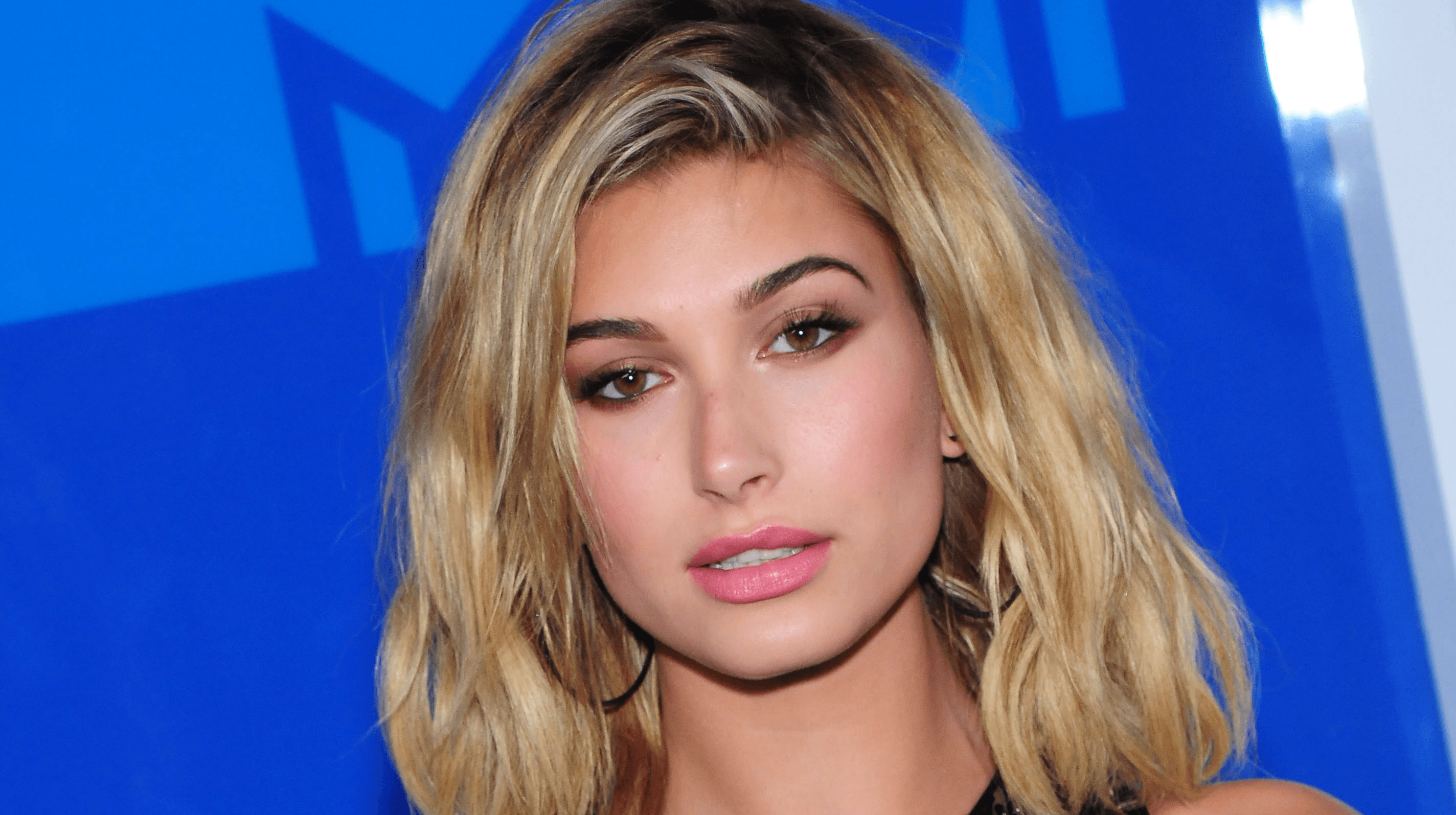 Hailey Baldwin Free HD Wallpapers Images Backgrounds