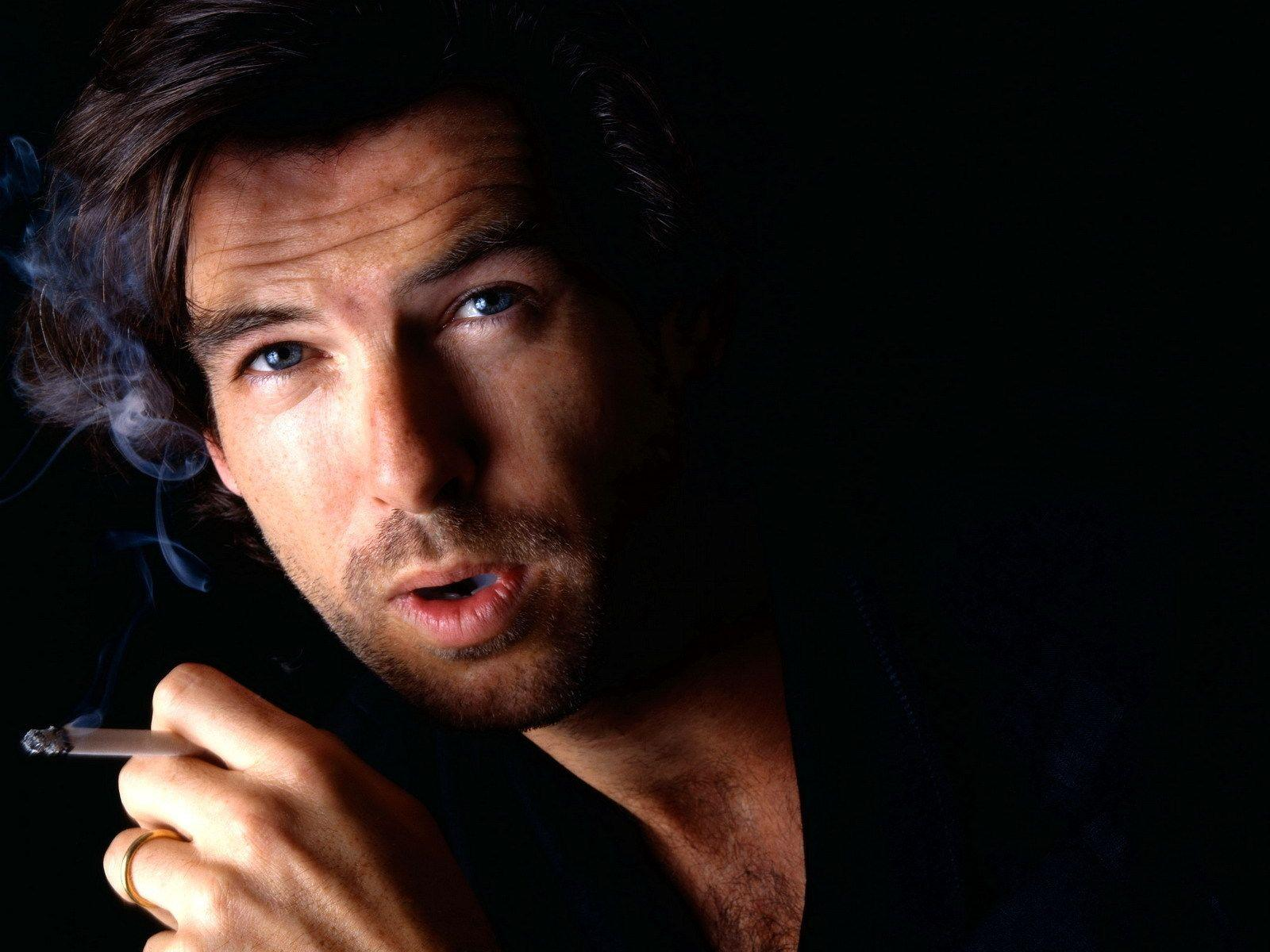 Pierce Brosnan Wallpapers High Quality