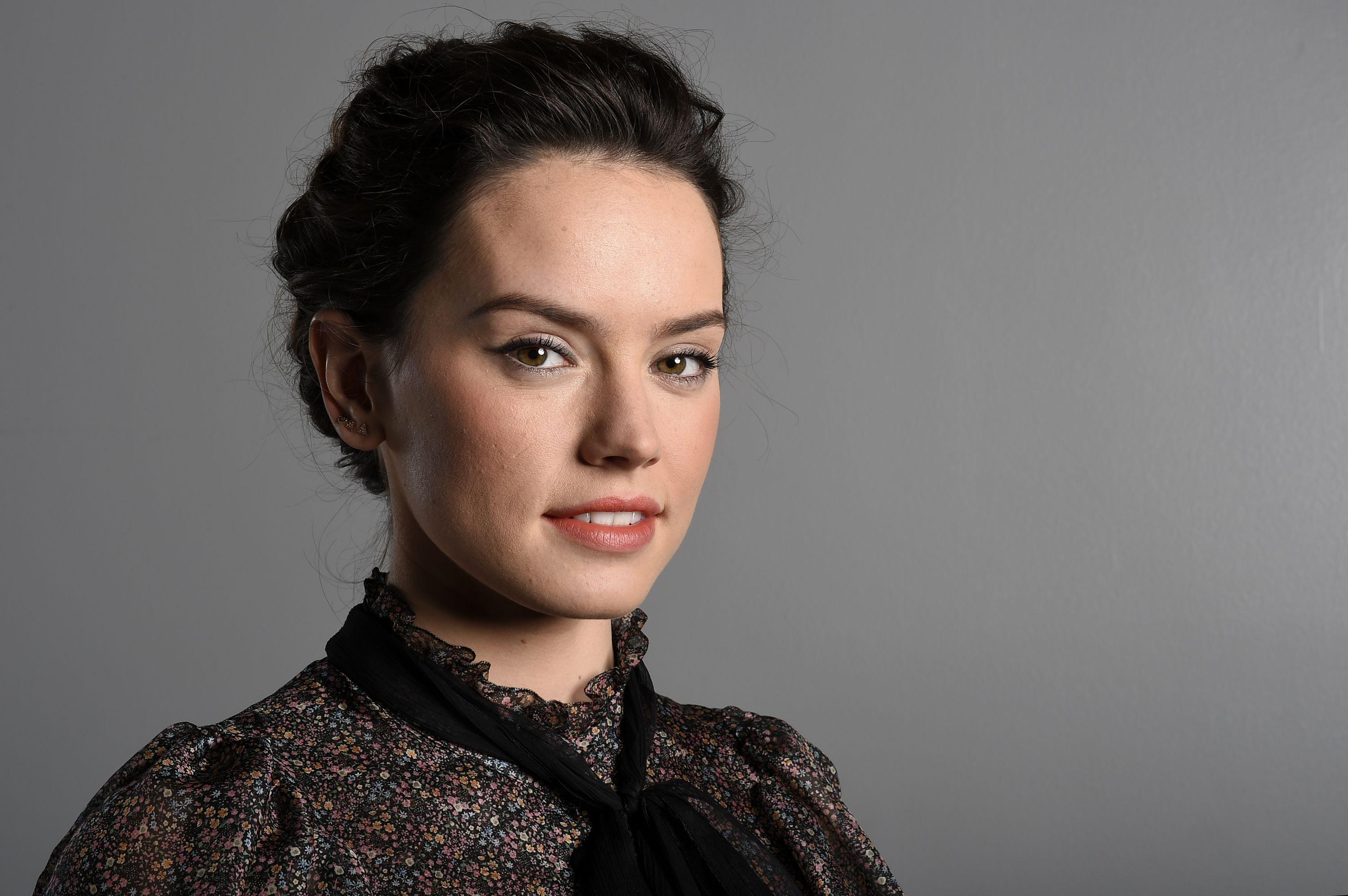Daisy Ridley Wallpapers, Pictures, Images