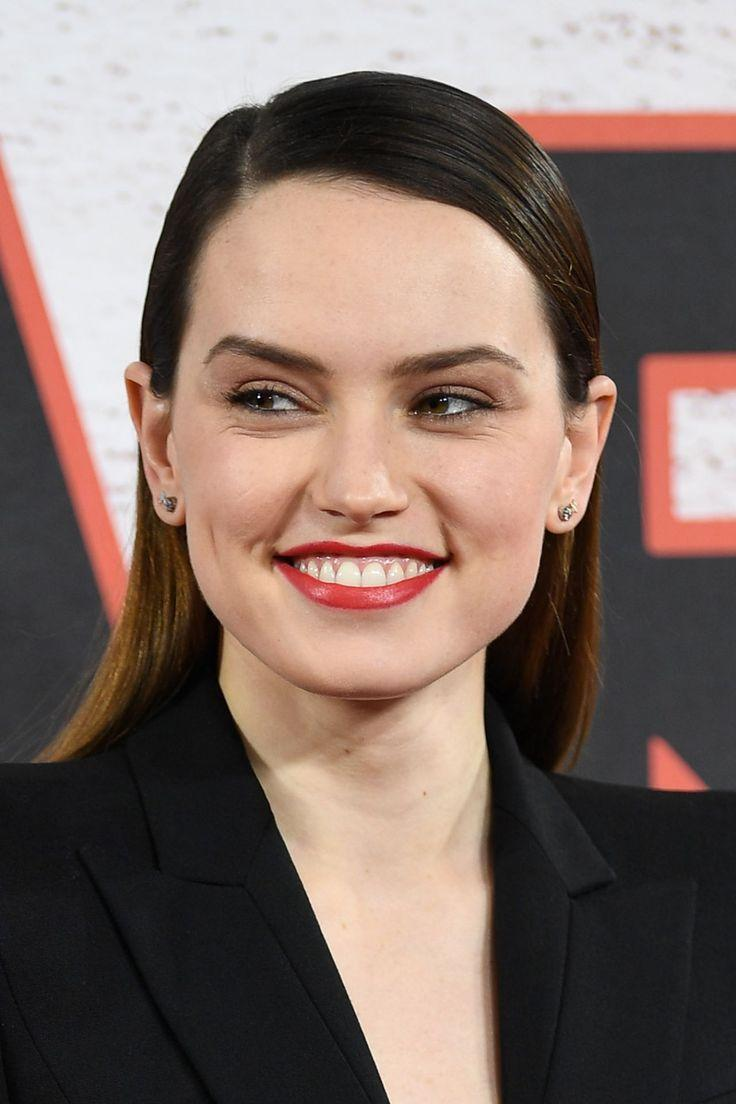36 best Daisy Ridley images on Pinterest | Star wars, Starwars and ...