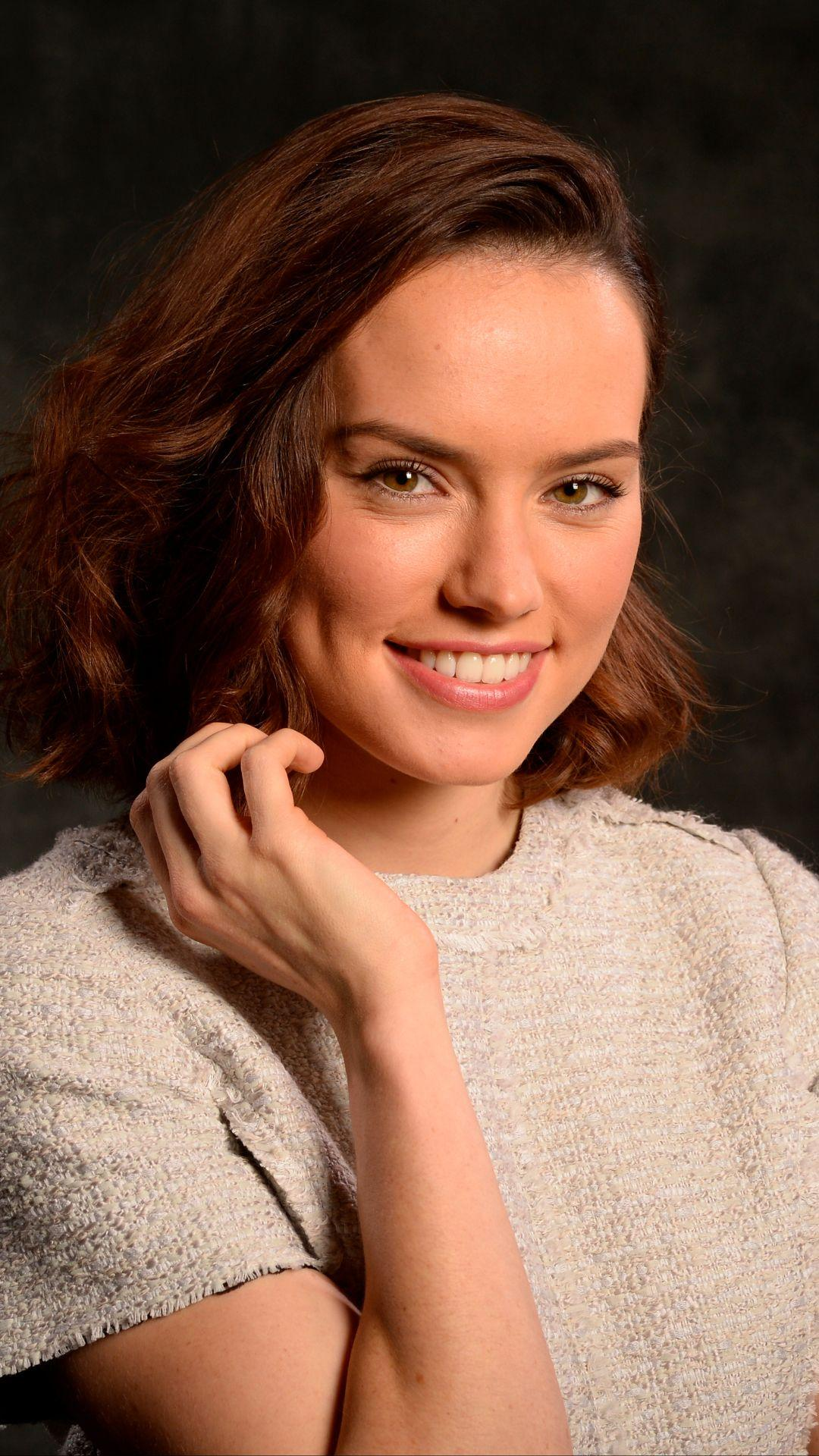 Celebrity/Daisy Ridley (1080x1920) Wallpaper ID: 688123 - Mobile Abyss