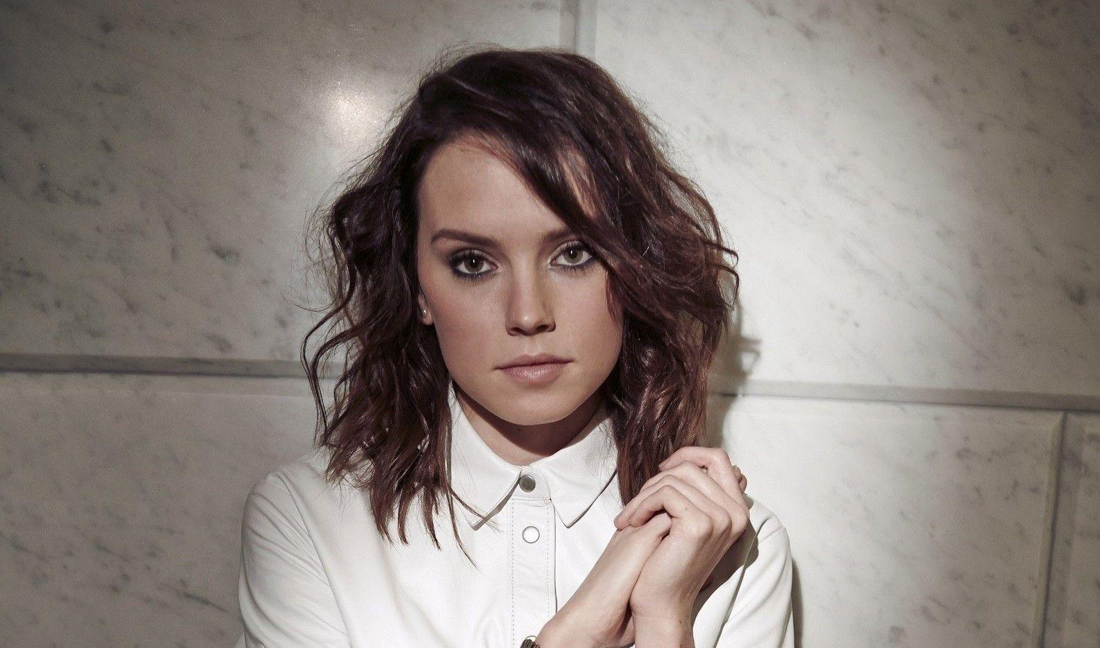 How Did Daisy Ridley Get Cast for Star Wars: The Force Awakens ...