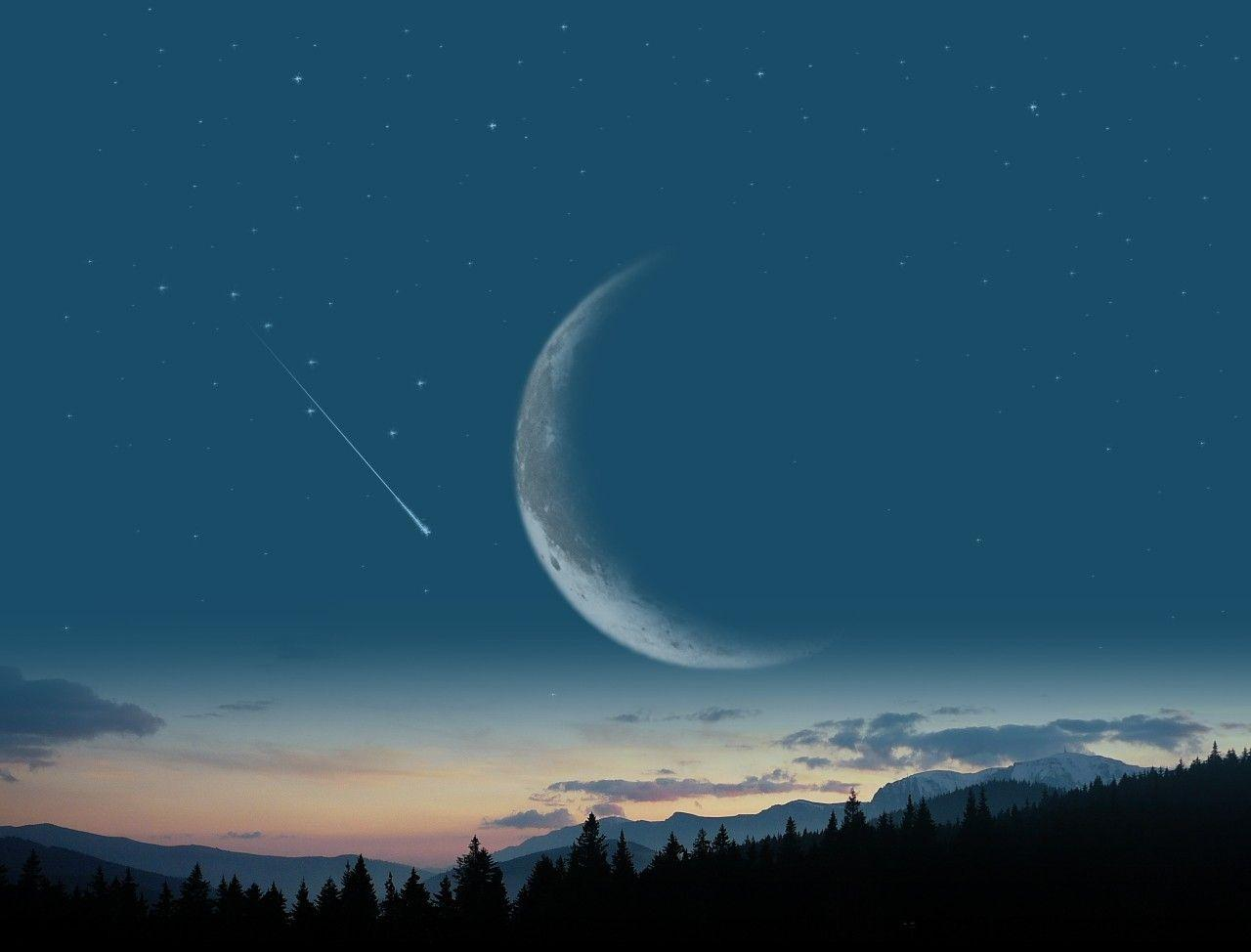 Free Crescent Moon Background « Long Wallpapers