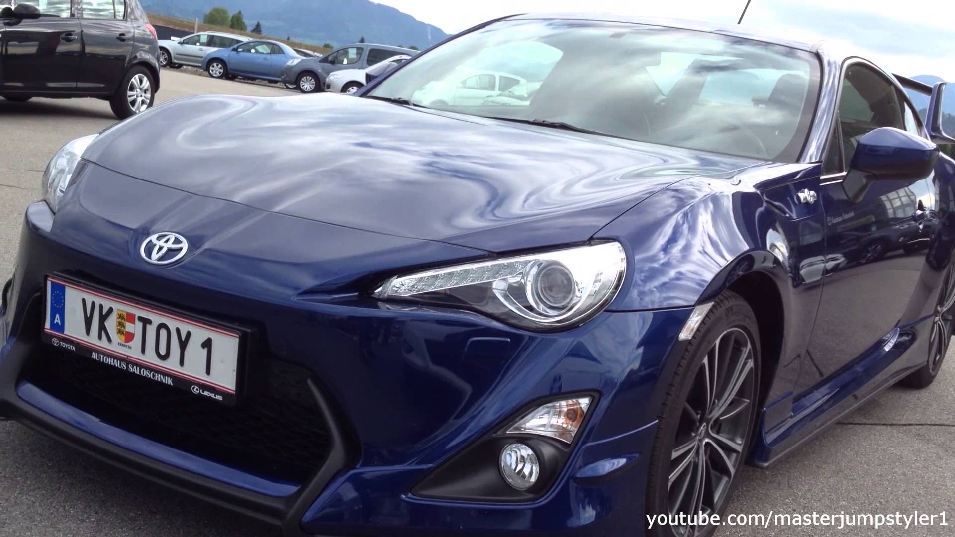 Toyota GT86 blue with Aero Kit