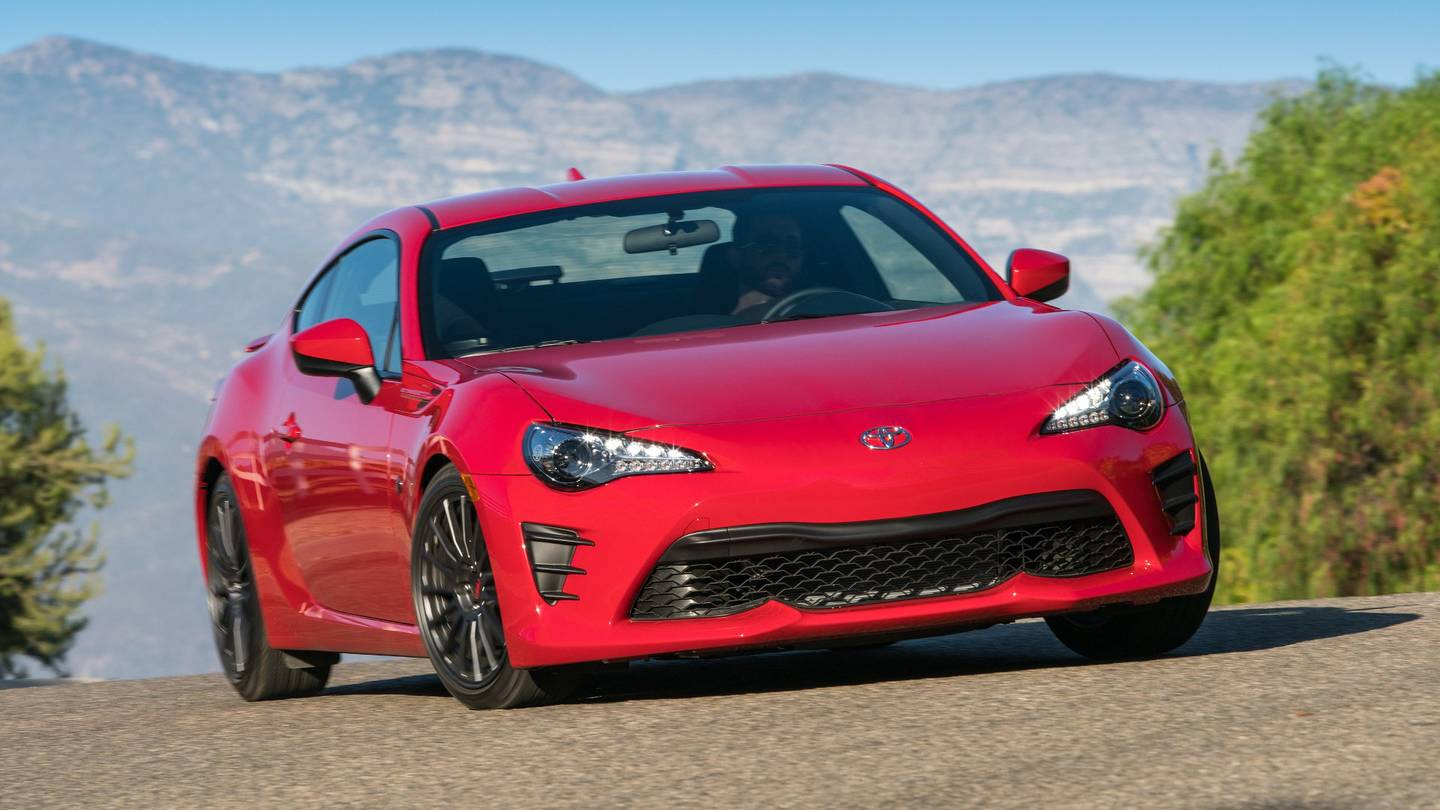 2017 Toyota 86 Review: It Could Win Your Heart, If Only You'd Give