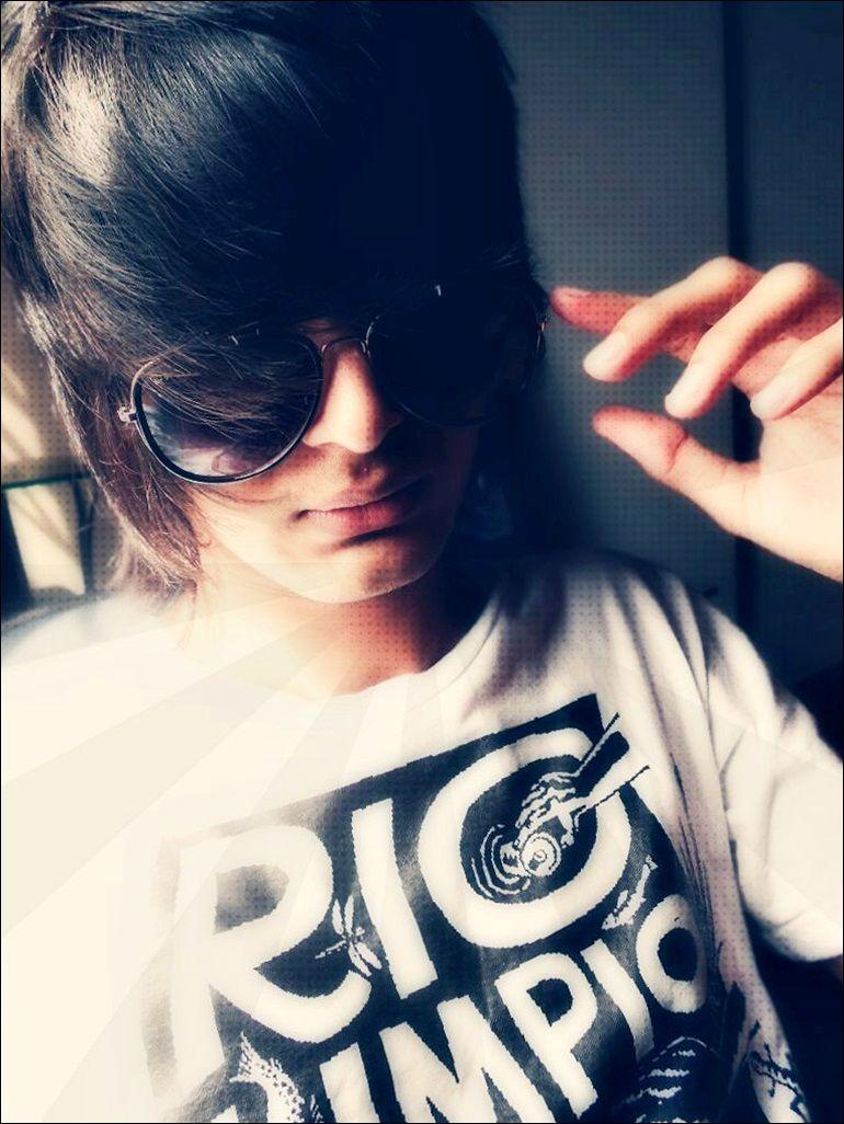 Emo Style Boys Wallpapers Wallpaper Cave