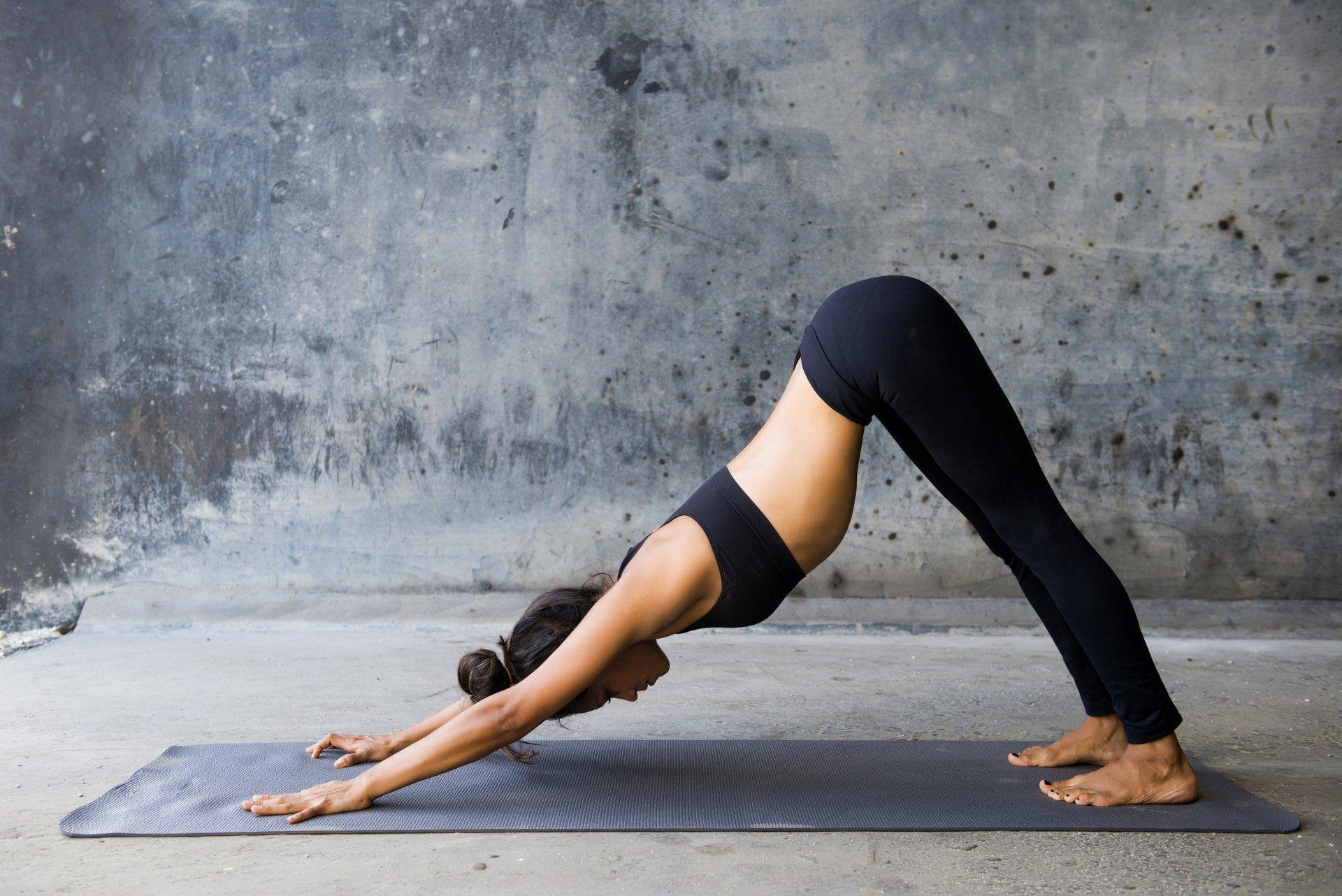 Female Yoga Wallpapers 61326 1920x1282 px