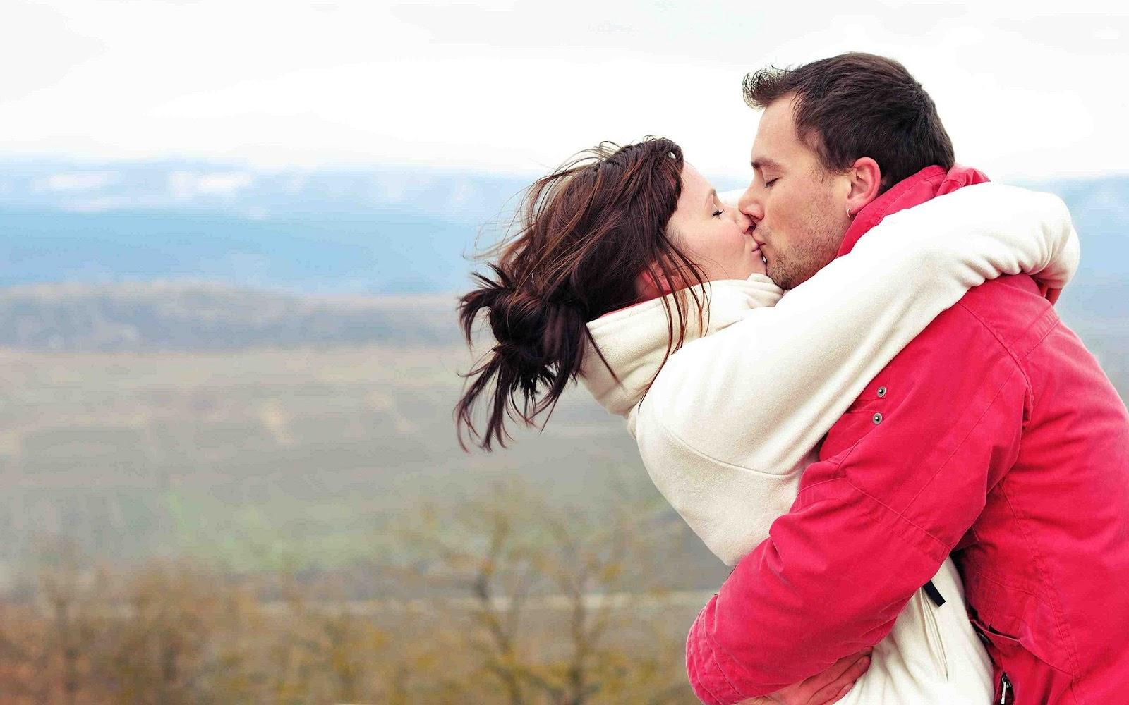 Romantic Lip Kiss Wallpapers - Wallpaper Cave