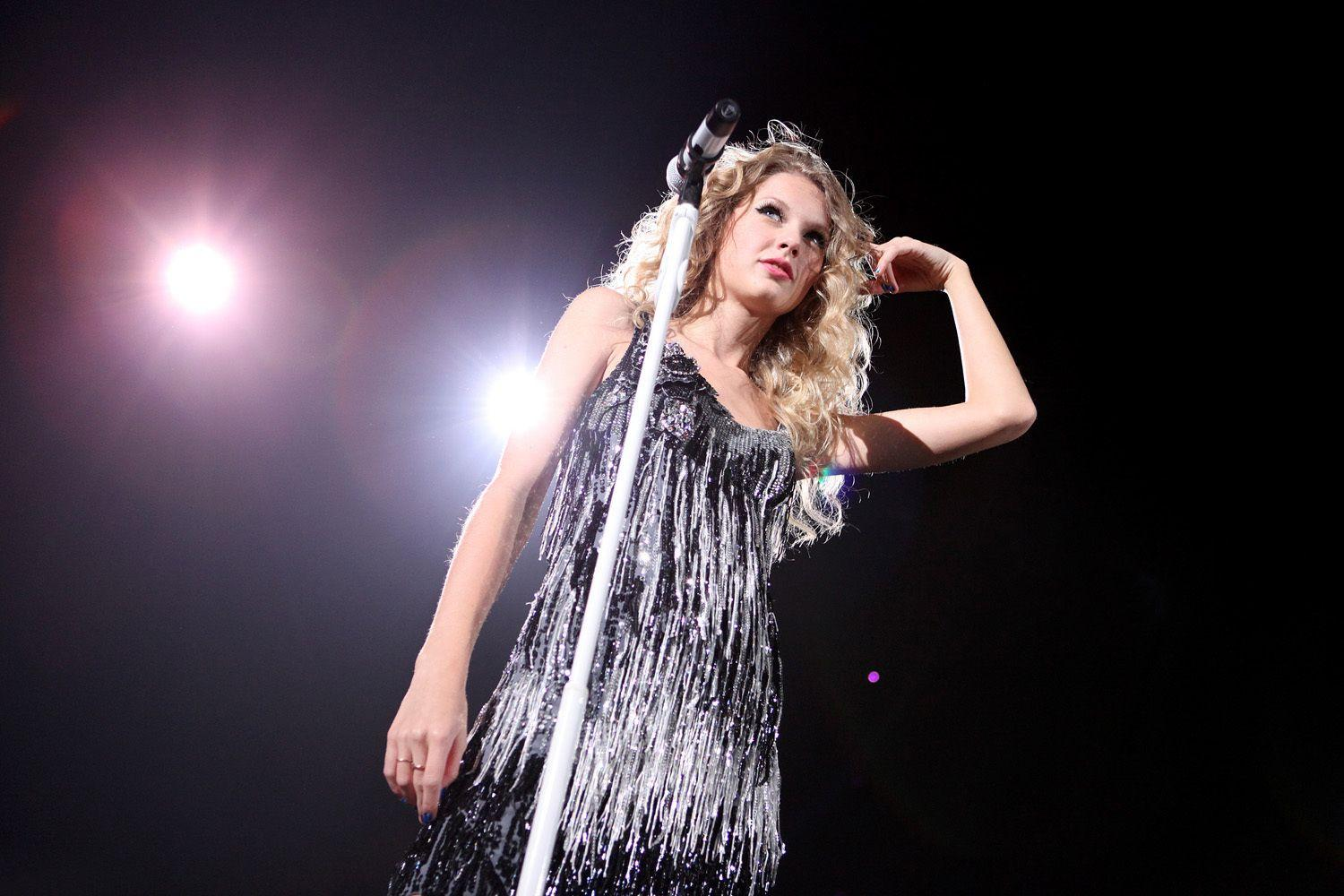 Taylor Swift Fearless Wallpapers Wallpaper Cave