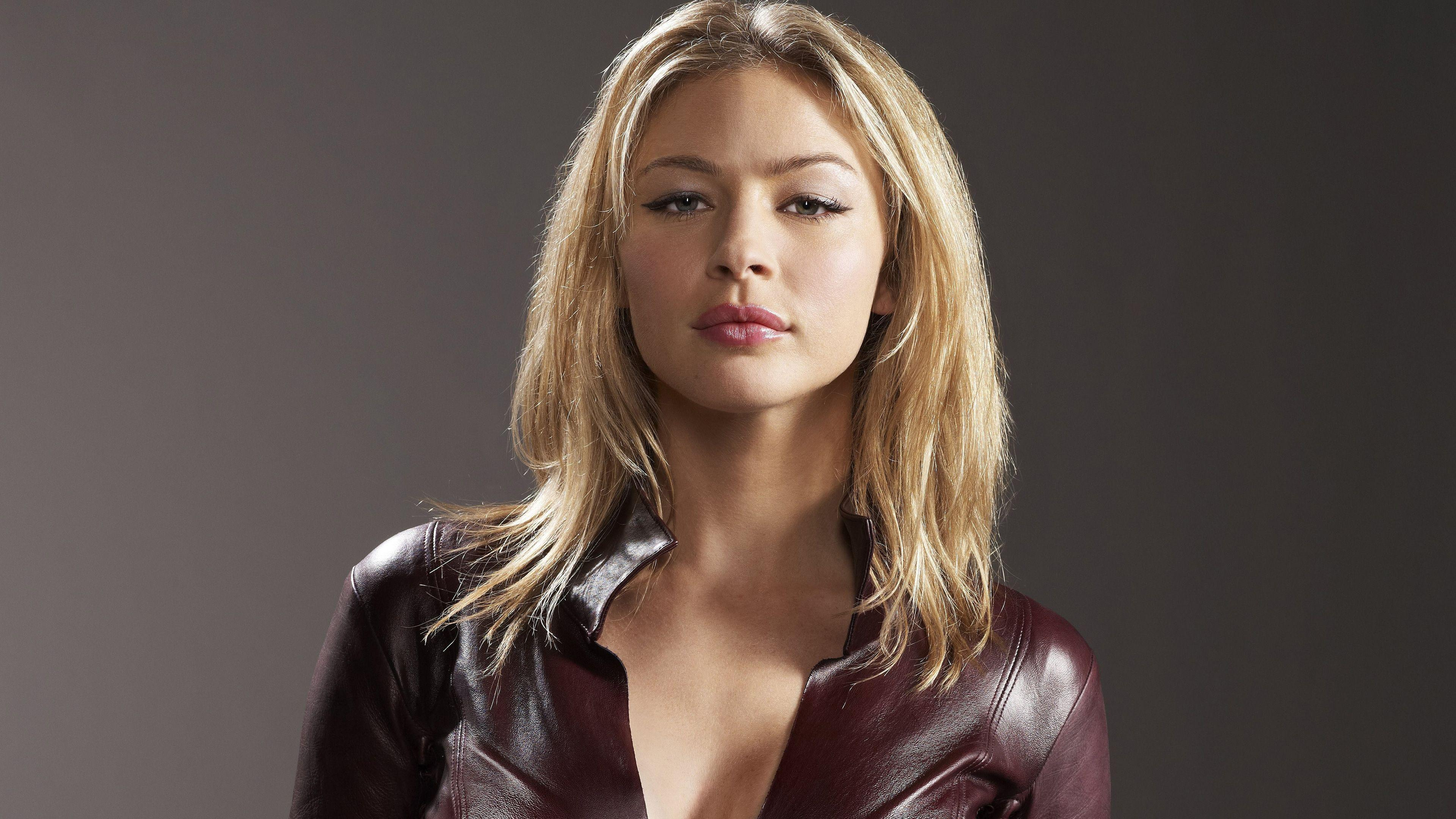 Tabrett Bethell nudes (48 photos), Sexy, Is a cute, Selfie, braless 2006