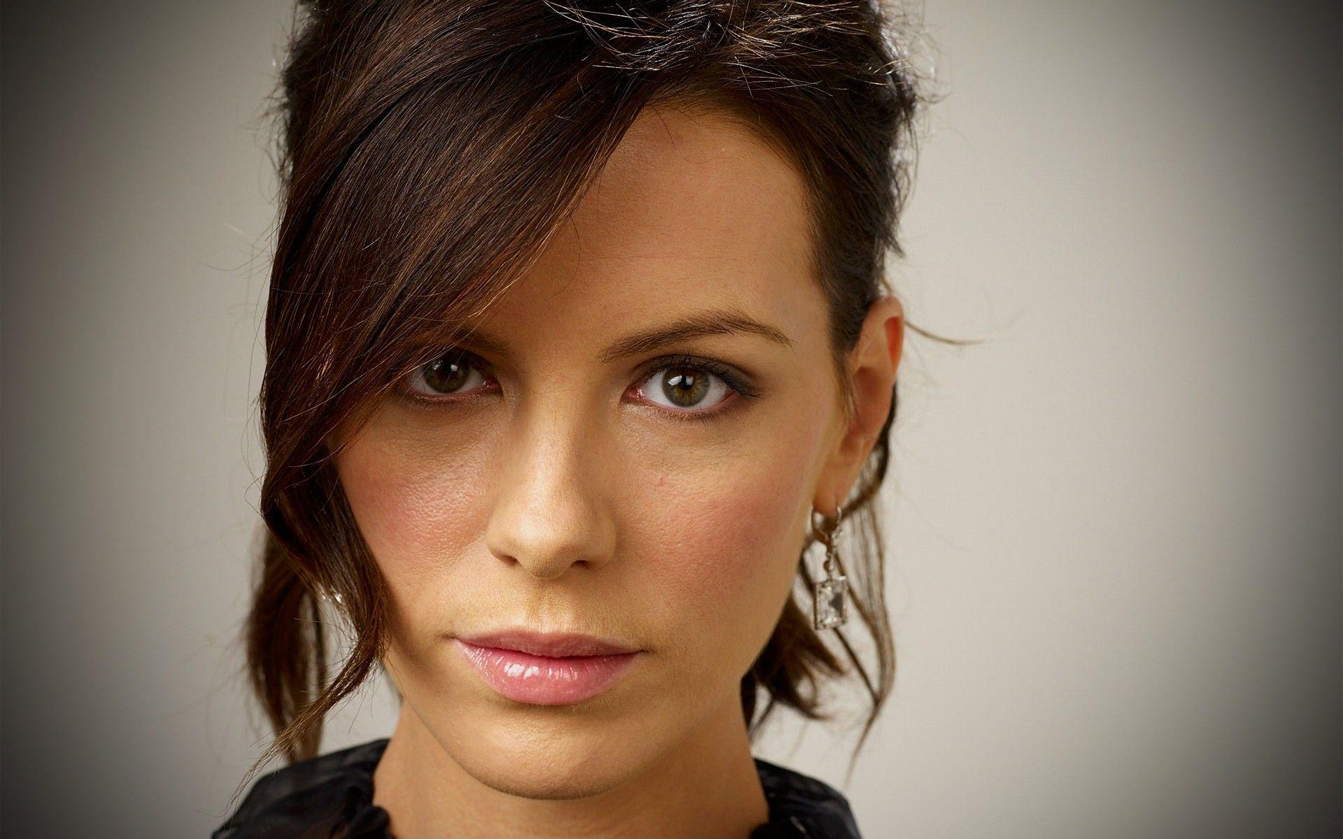 Kate Beckinsale Wallpapers, Pictures, Image