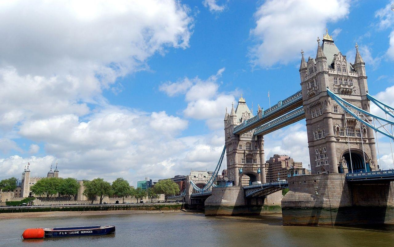 Tower Bridge London wallpapers | Tower Bridge London stock photos