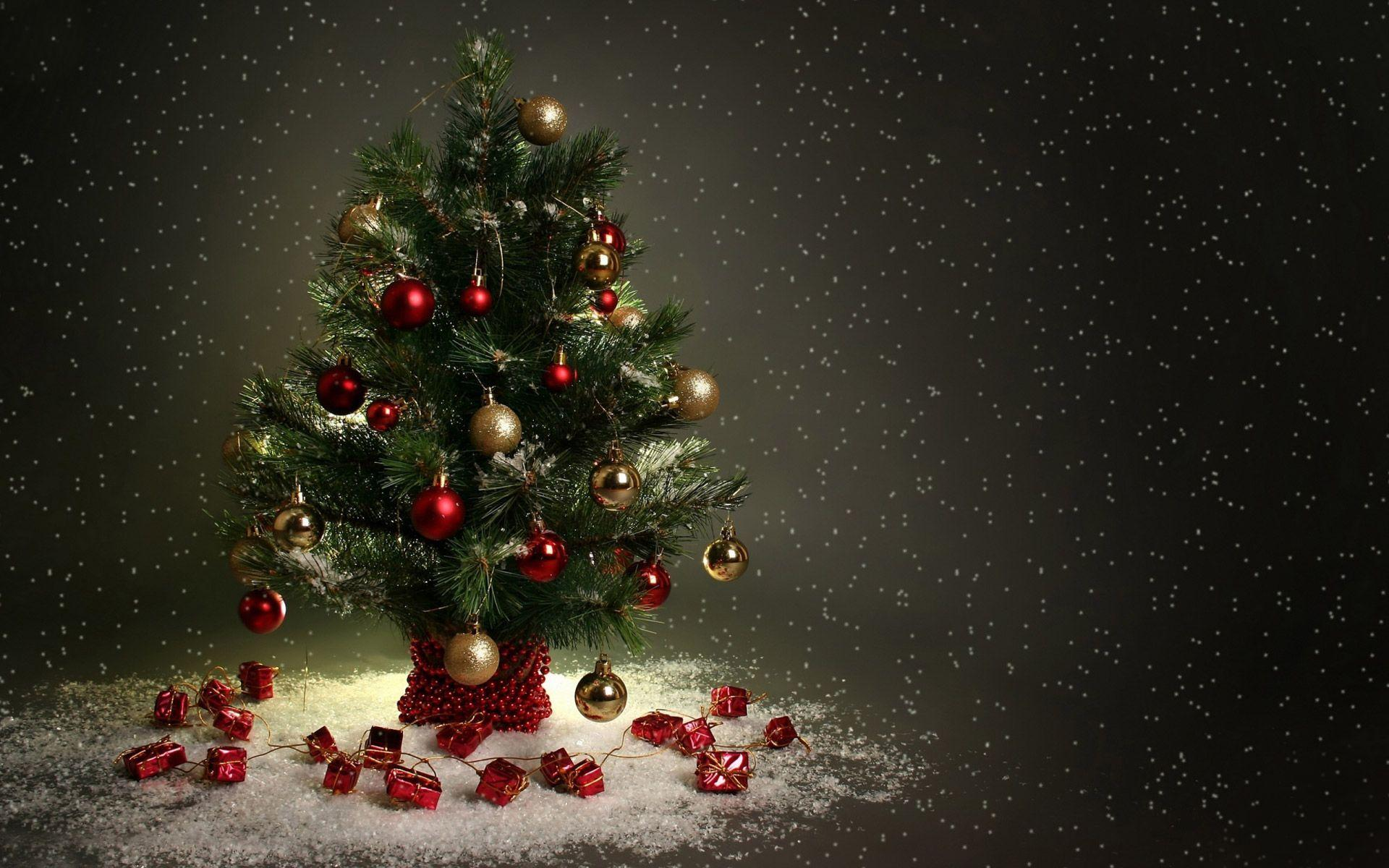 Red And Black Christmas Tree Wallpapers Wallpaper Cave
