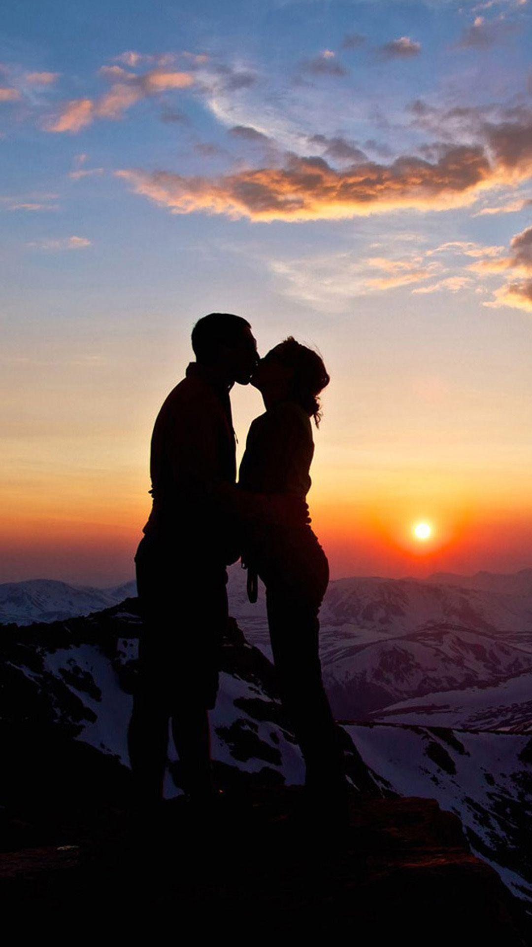 Download Love Romantic Wallpapers Group