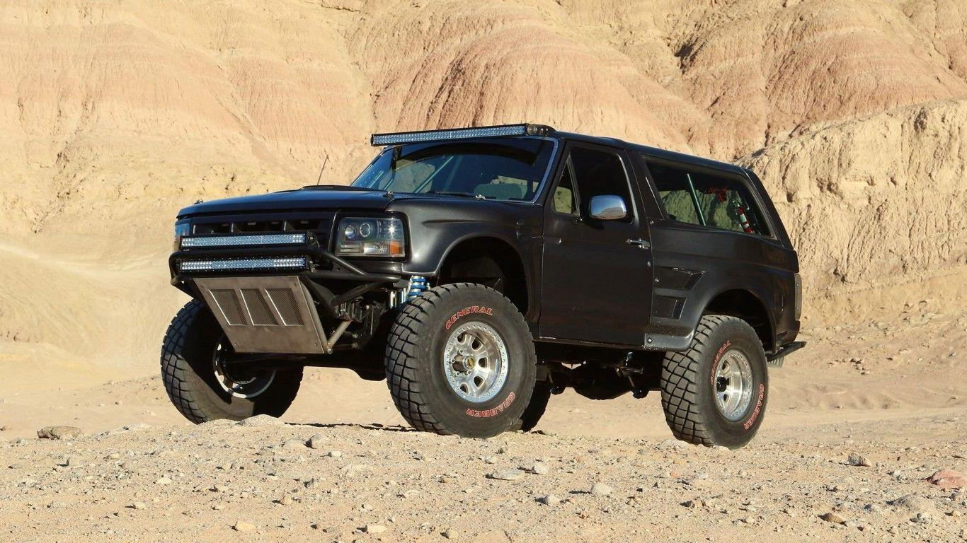Download 1366x768 1992 Ford Bronco, 4x4, Suv, Cars Wallpapers for ...
